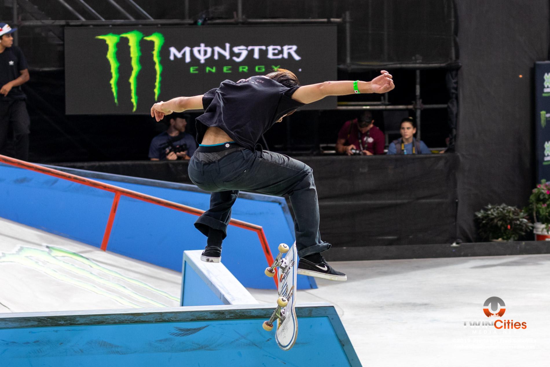 Monster-Energy-Mens-Skateboard-Street-Elimination-03