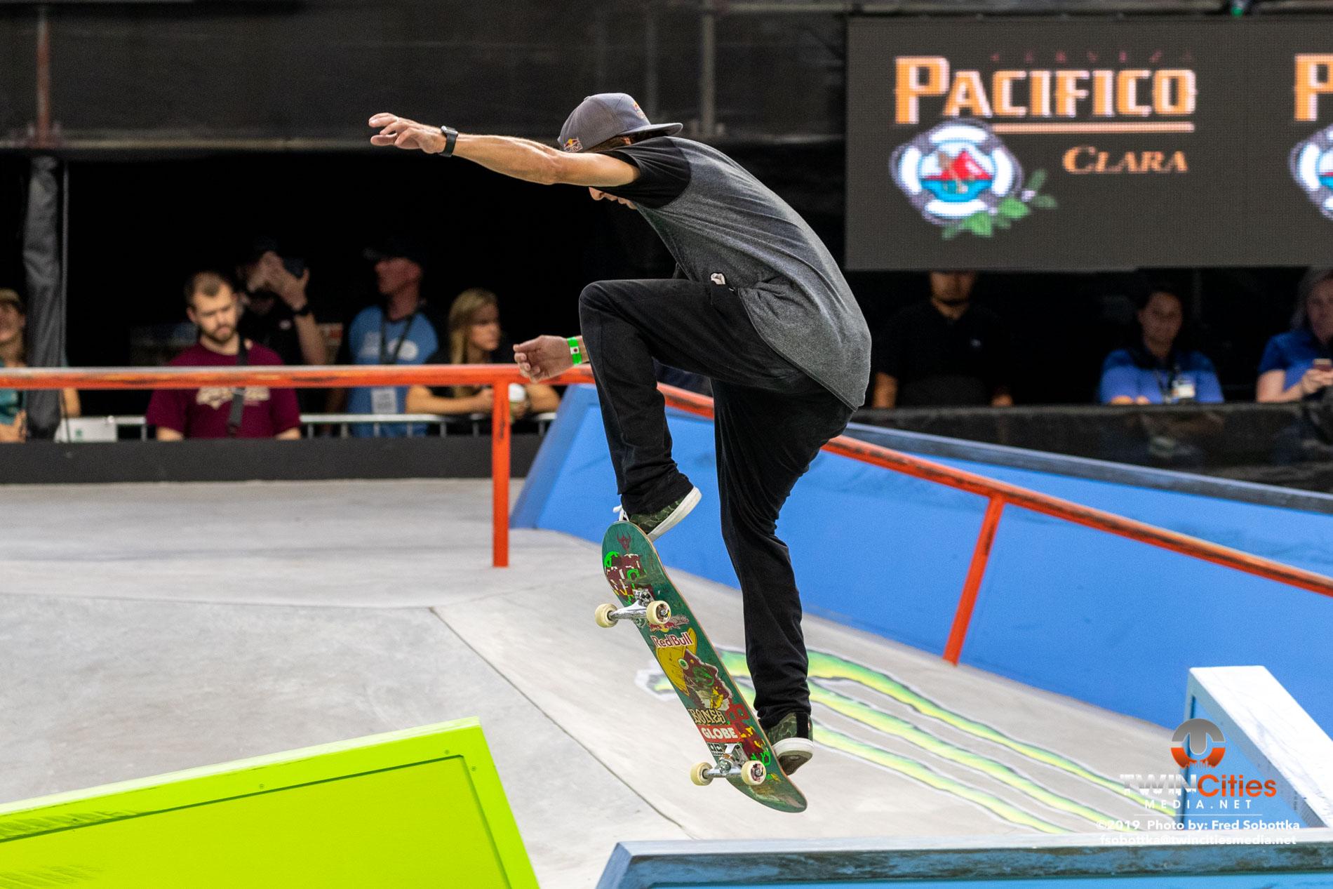 Monster-Energy-Mens-Skateboard-Street-Elimination-10