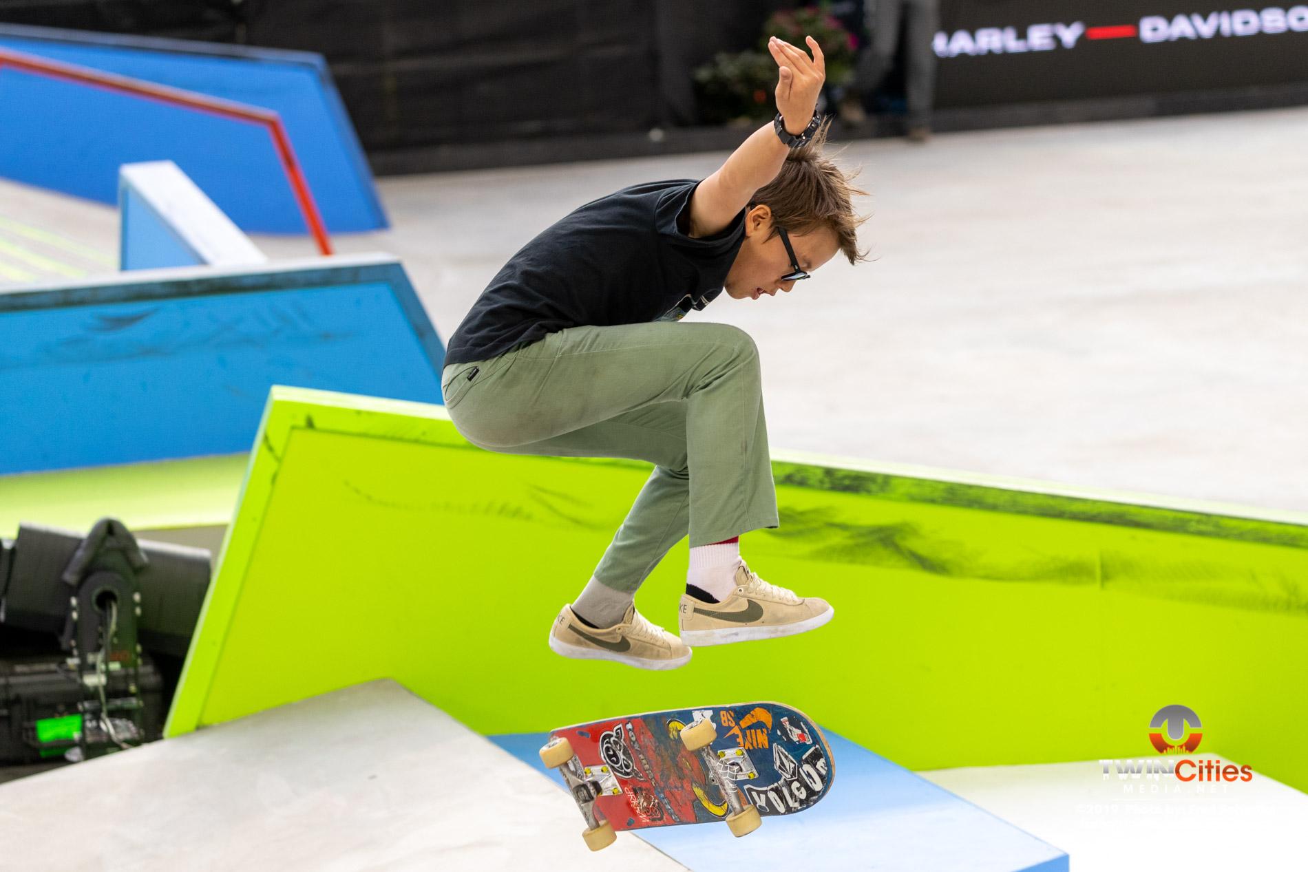 Next-X-Skateboard-Street-02