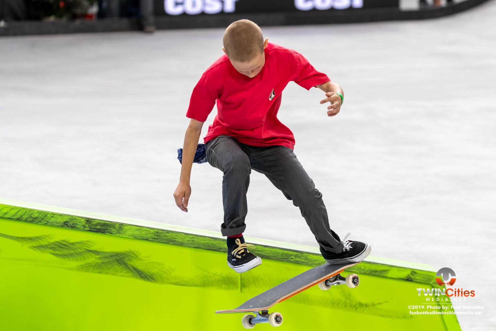Next-X-Skateboard-Street-03