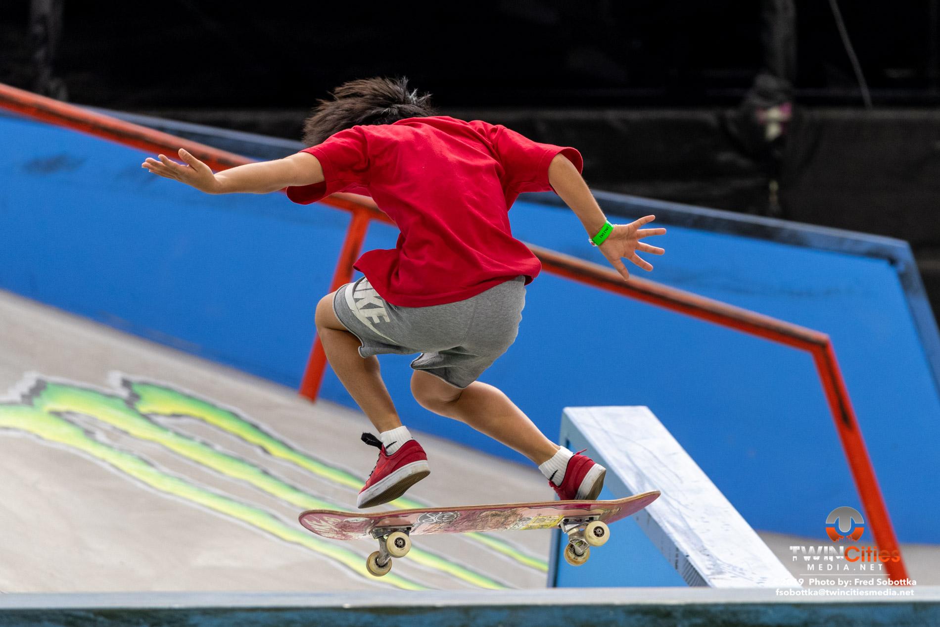 Next-X-Skateboard-Street-05