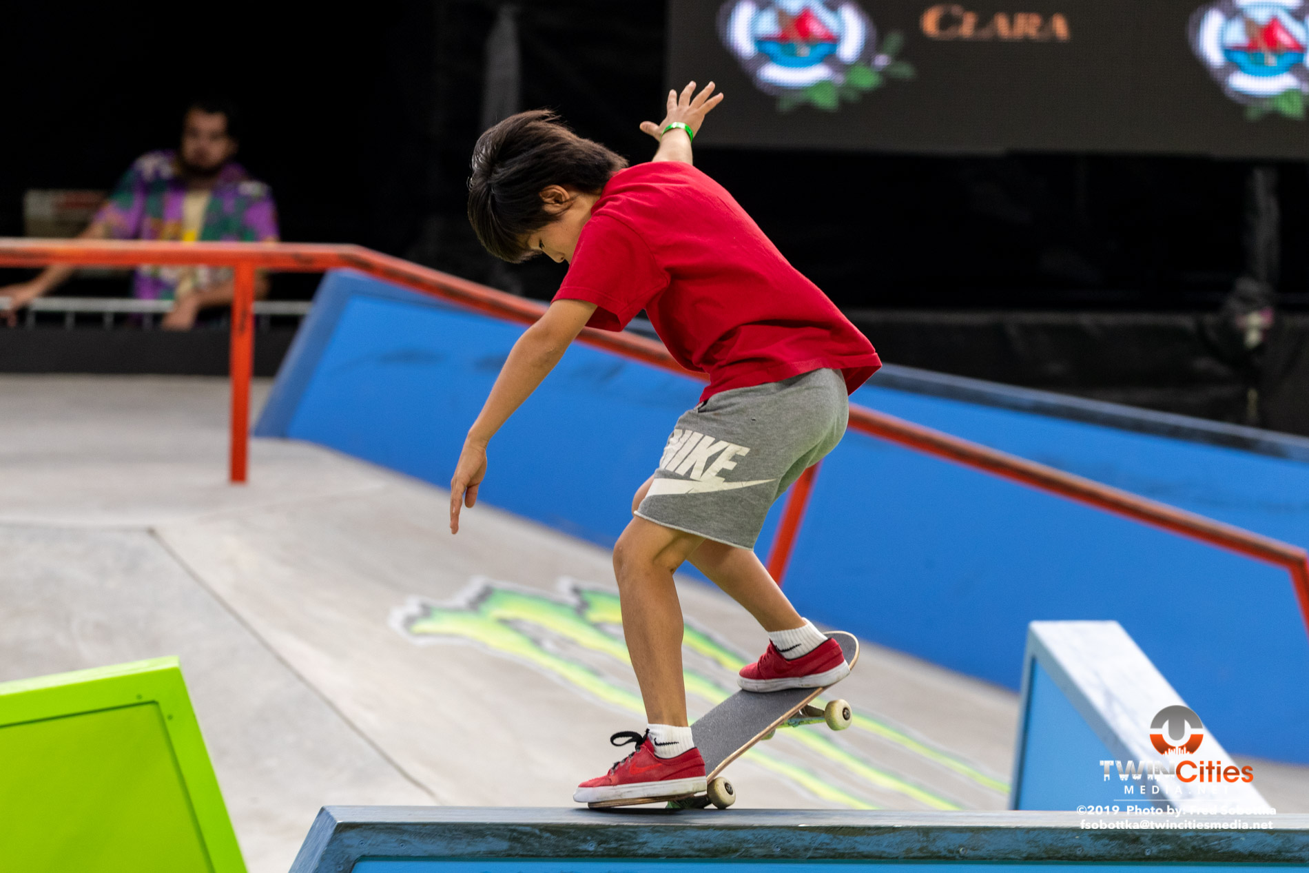 Next-X-Skateboard-Street-06