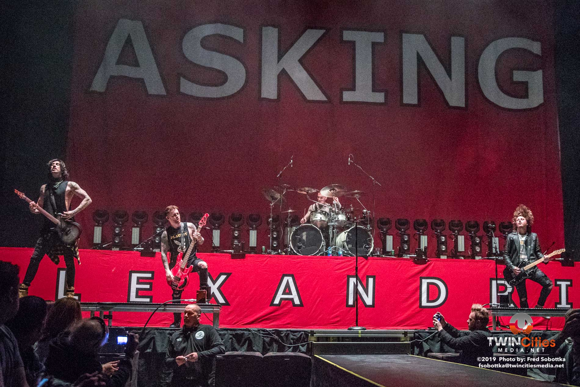Asking Alexandria 01