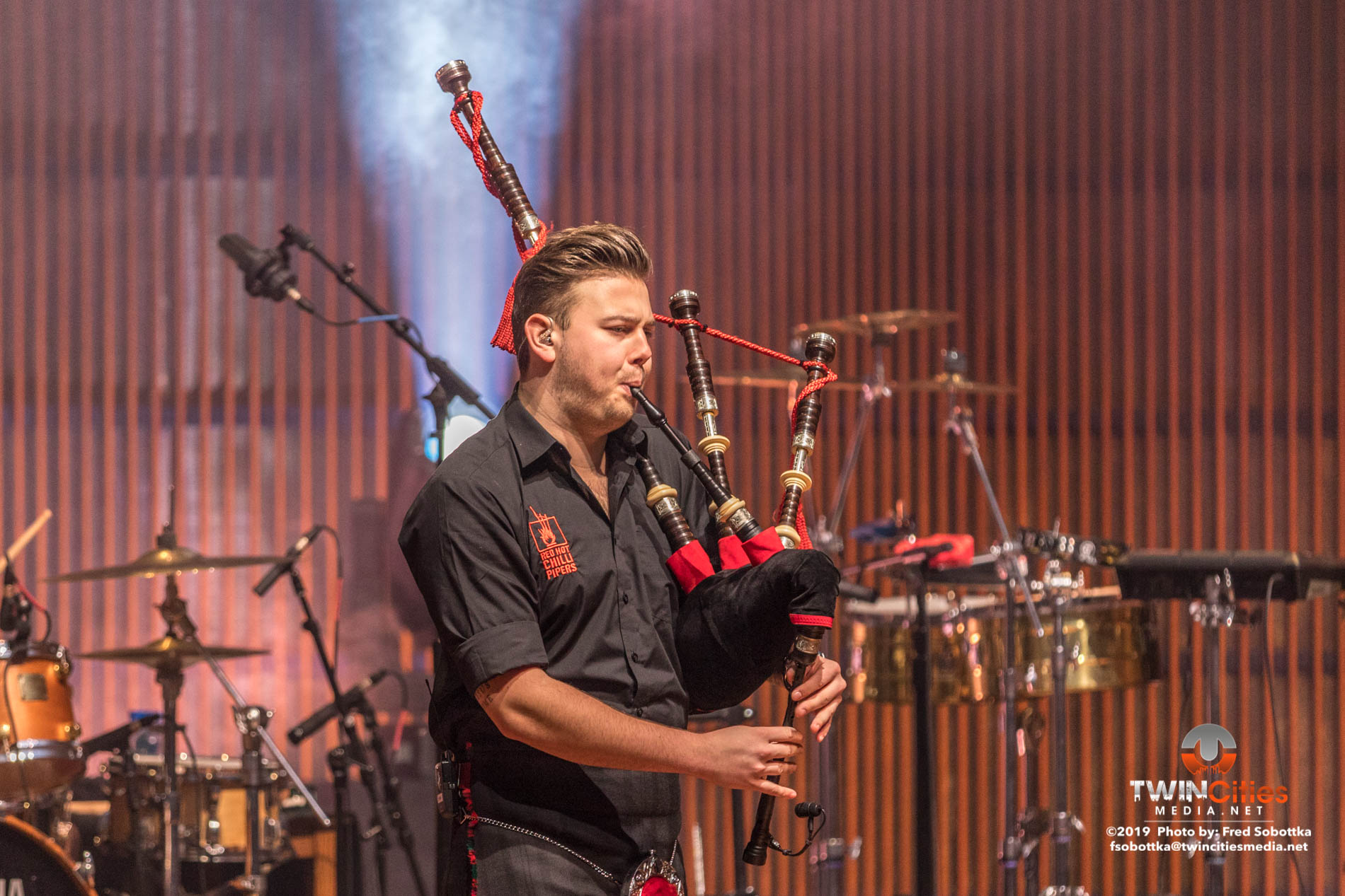 Red-Hot-Chilli-Pipers-07