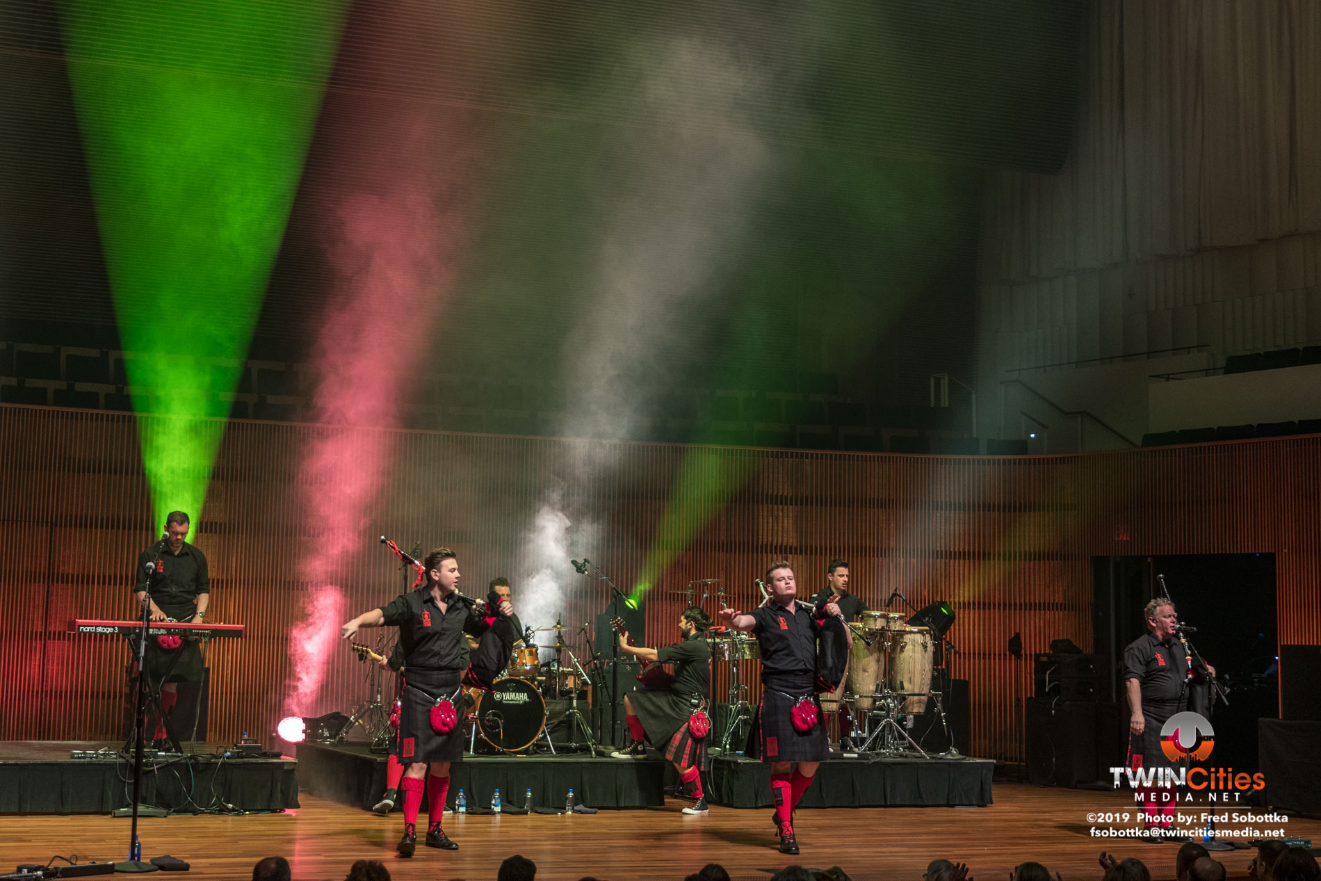 Red-Hot-Chilli-Pipers-09