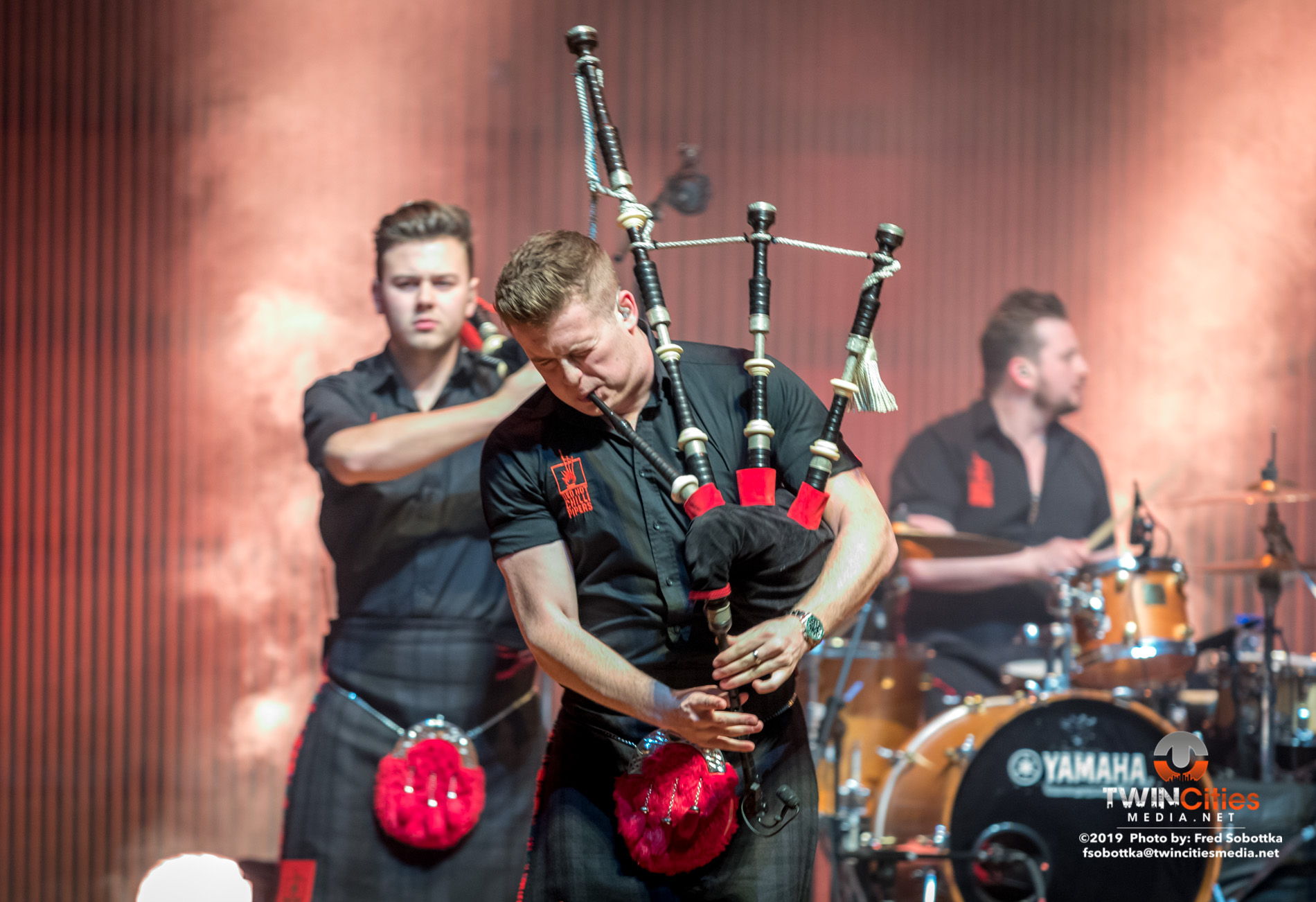 Red-Hot-Chilli-Pipers-10