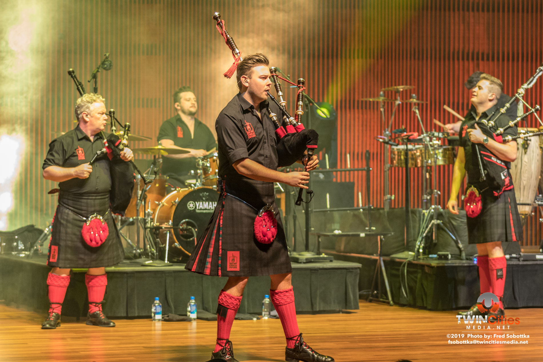 Red-Hot-Chilli-Pipers-11