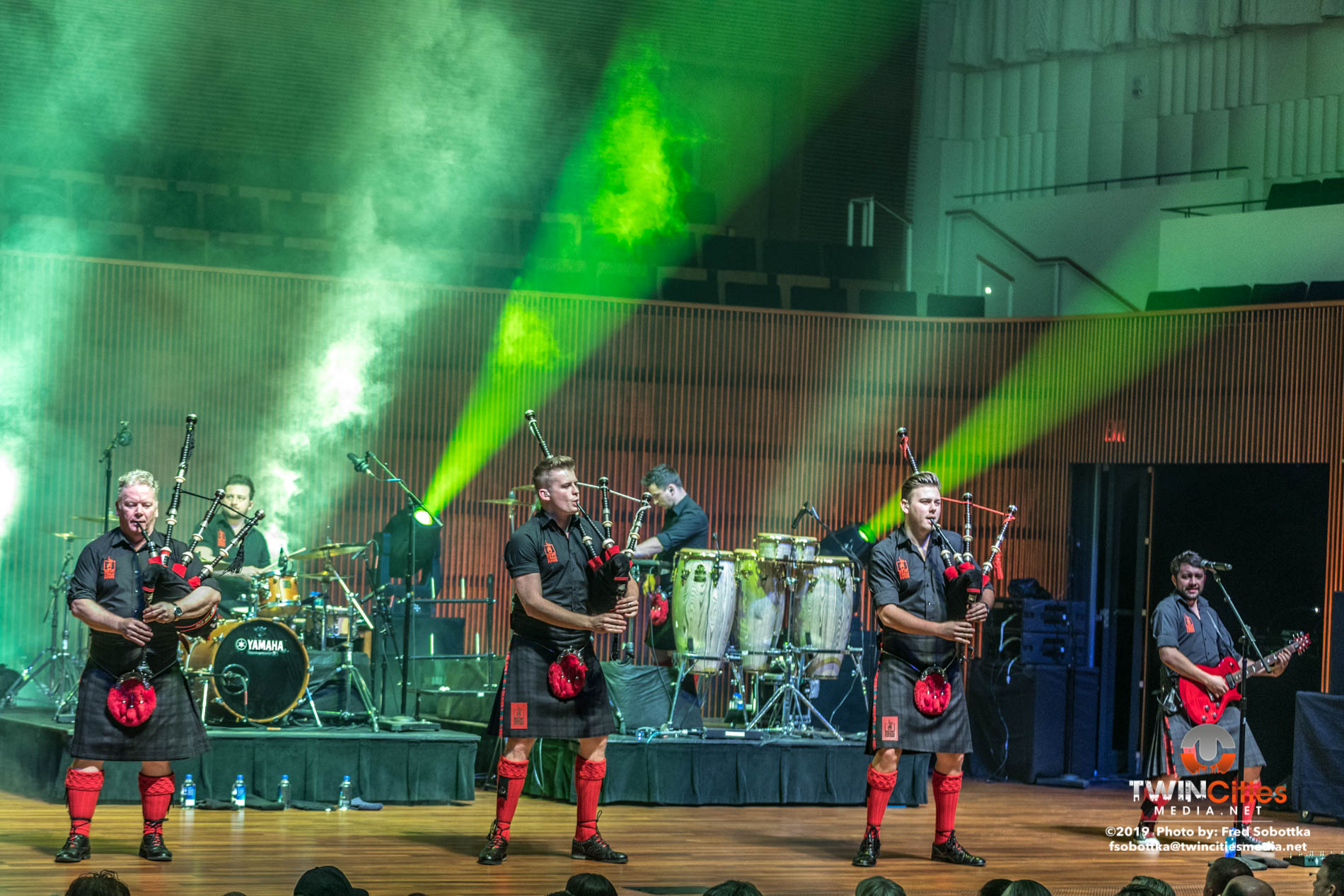 Red-Hot-Chilli-Pipers-13