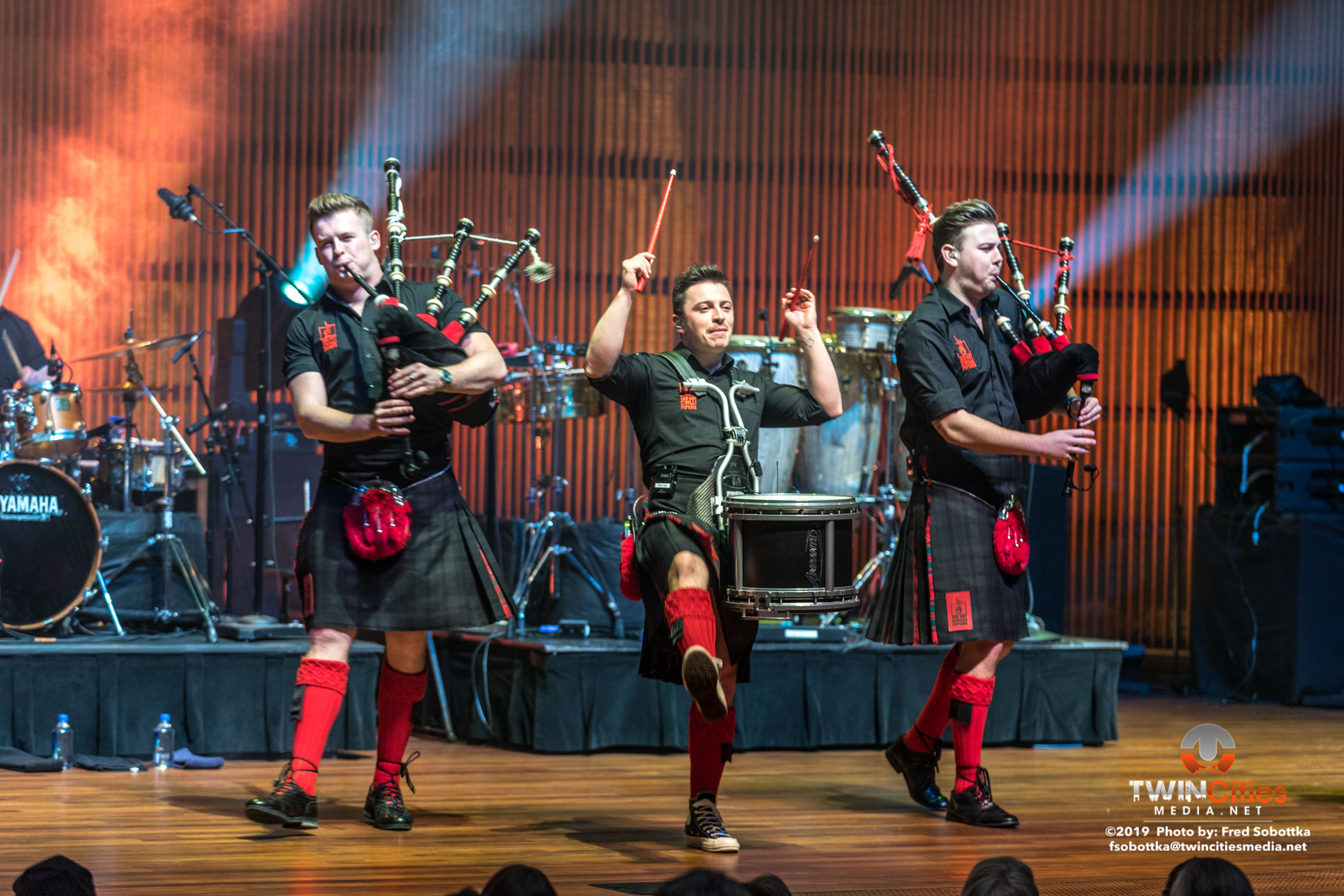 Red-Hot-Chilli-Pipers-16