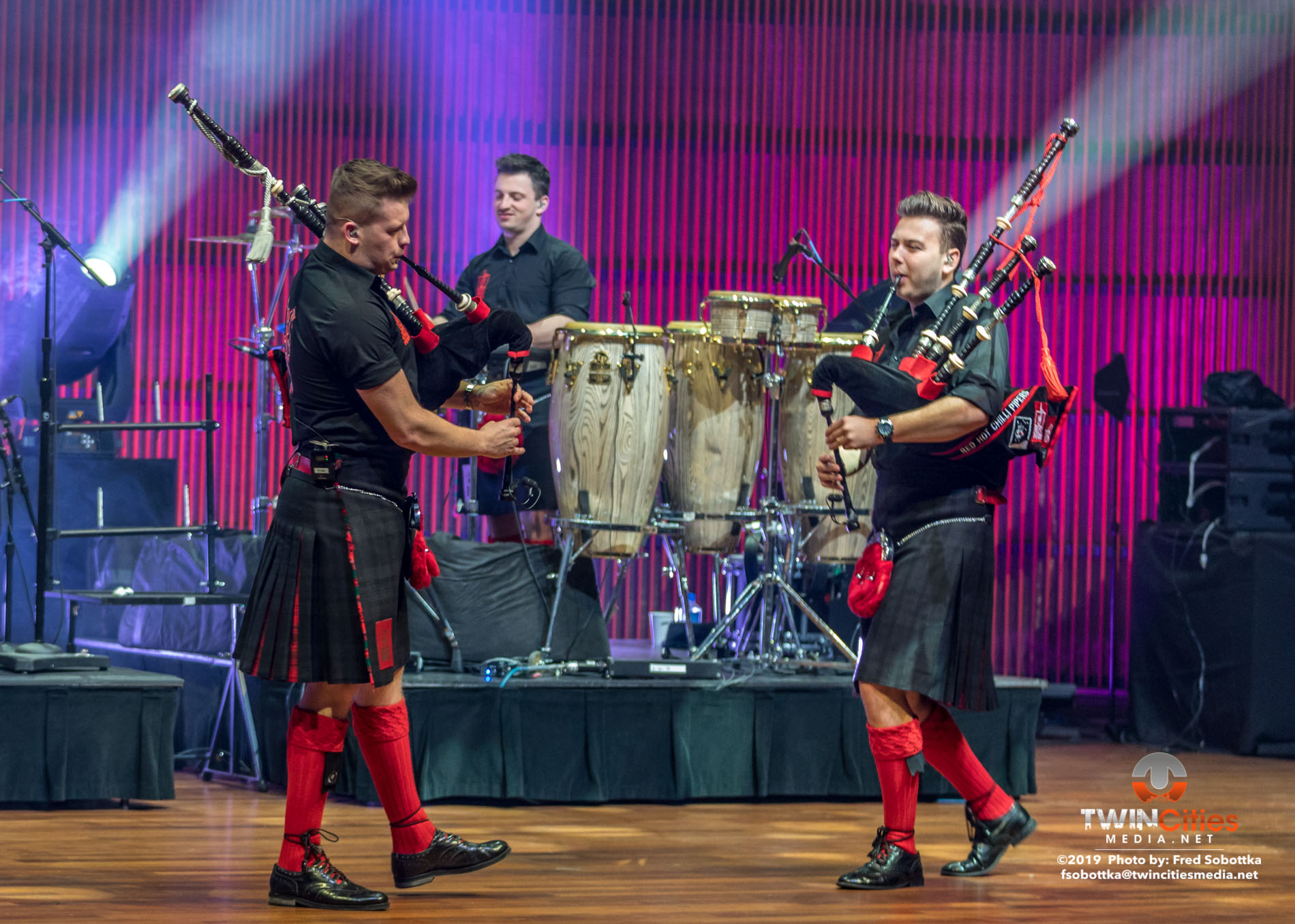 Red-Hot-Chilli-Pipers-20