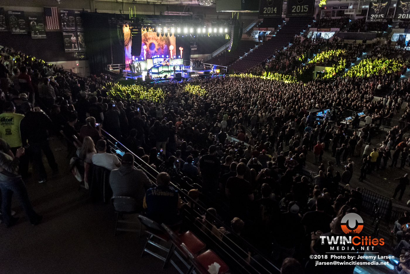 Breaking-Benjamin-Verizon-Arena-3-29-19-22