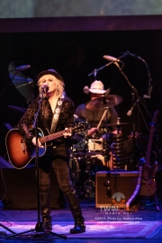 Lucinda-Williams-2