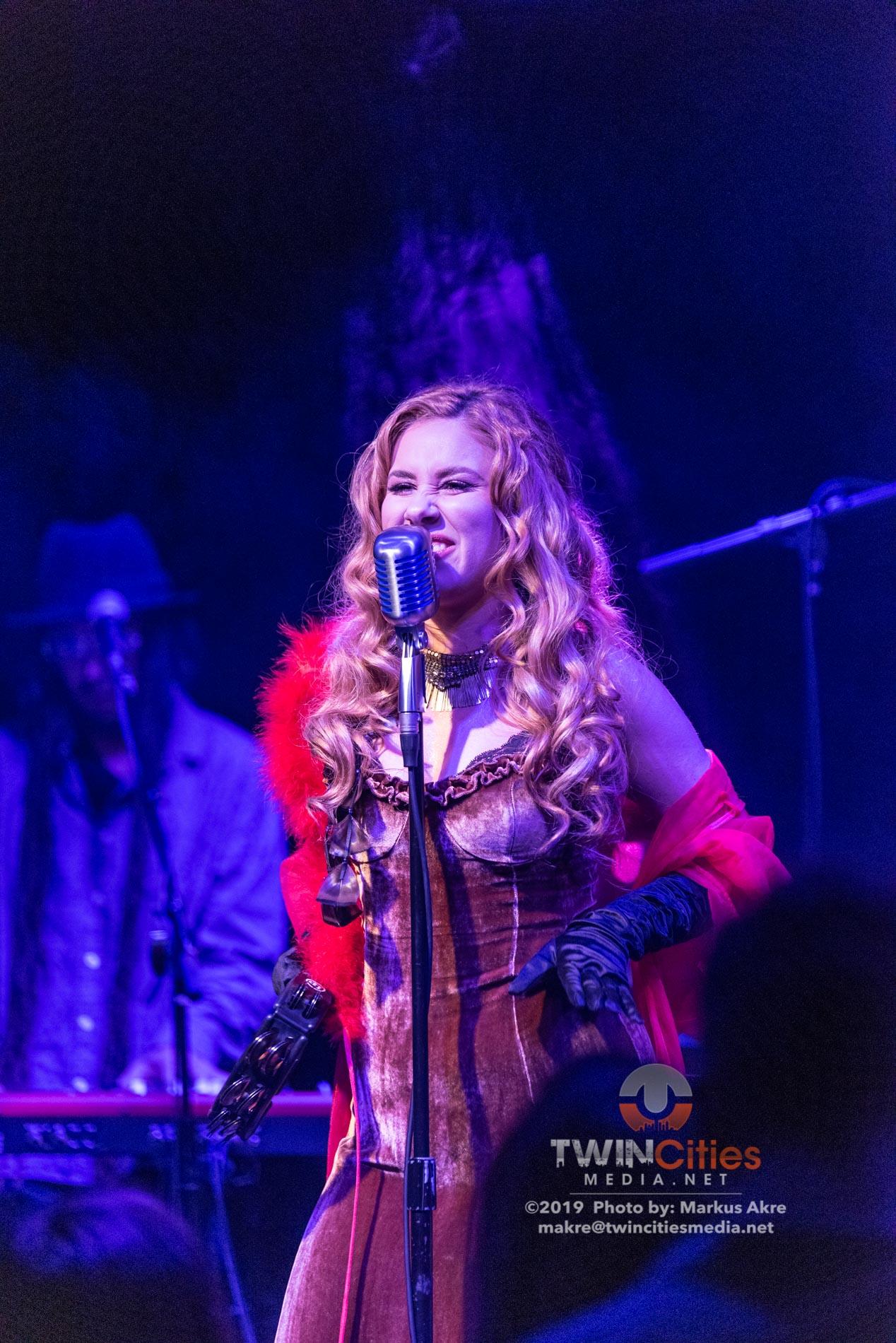Haley-Reinhart-16