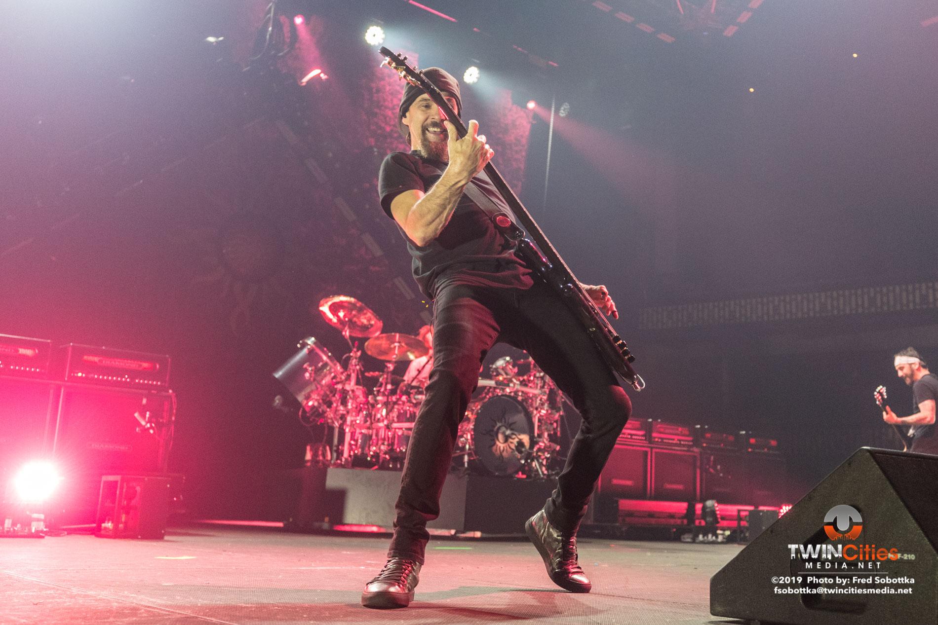 Godsmack-07
