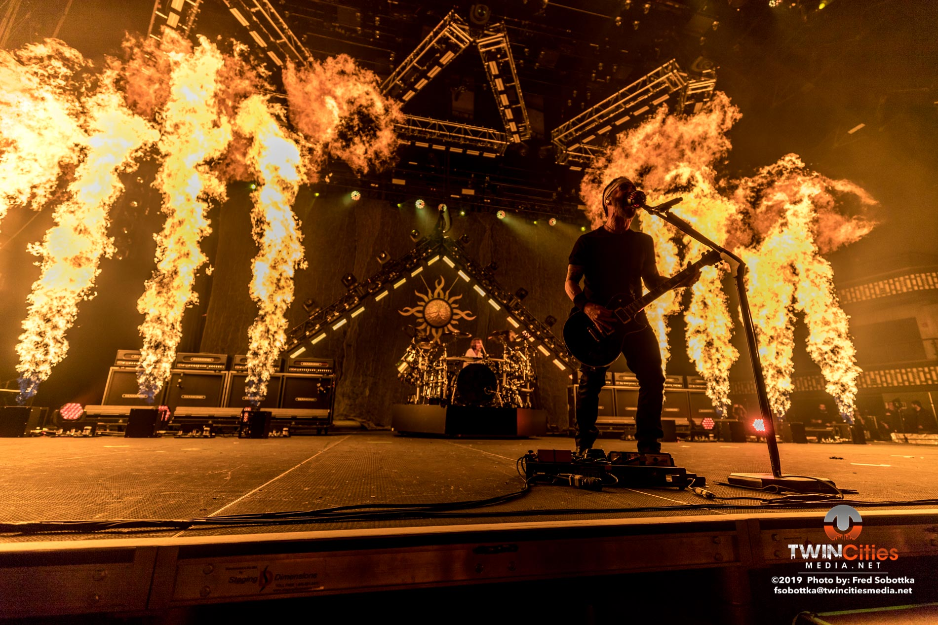 Godsmack-12