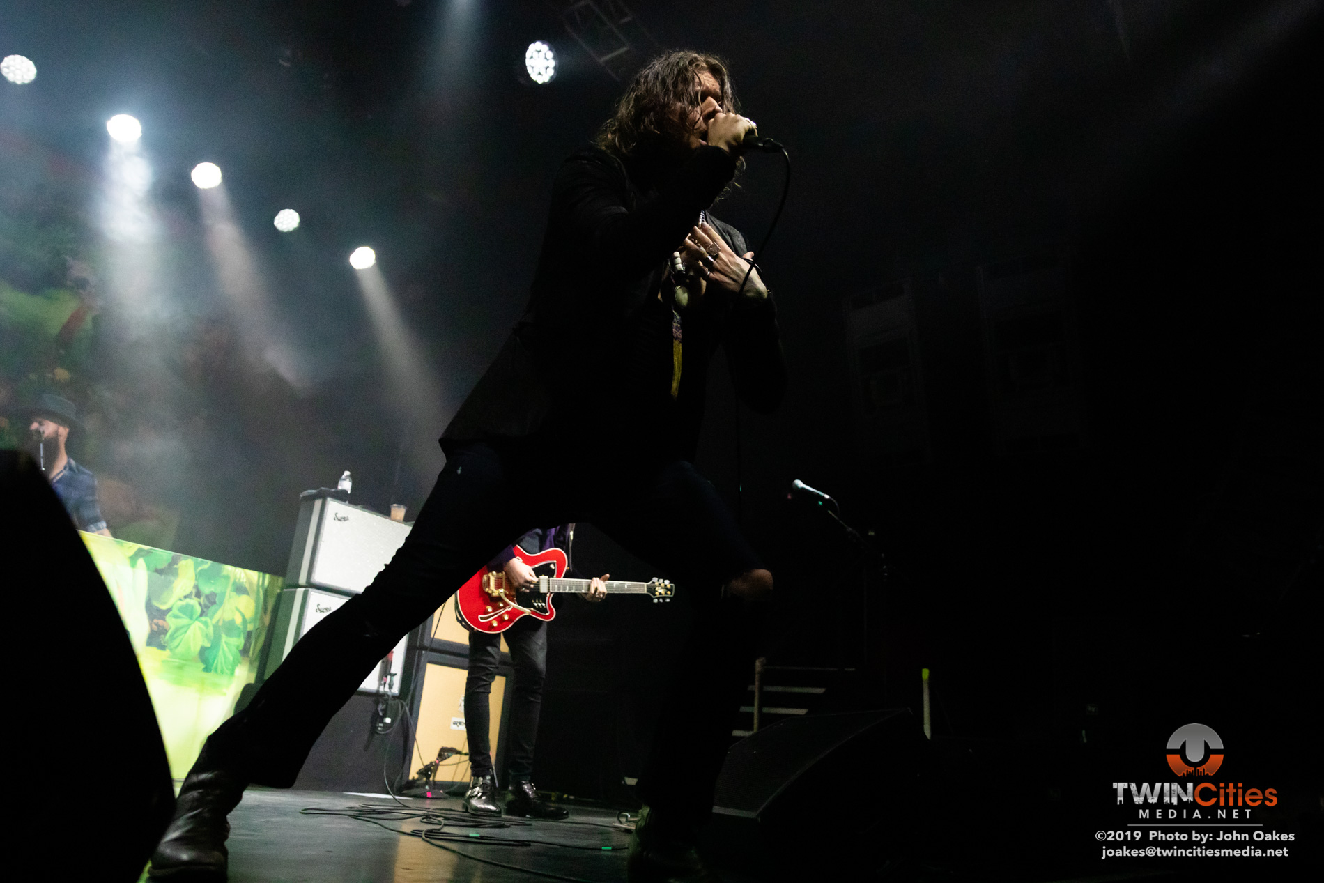 Rival-Sons8