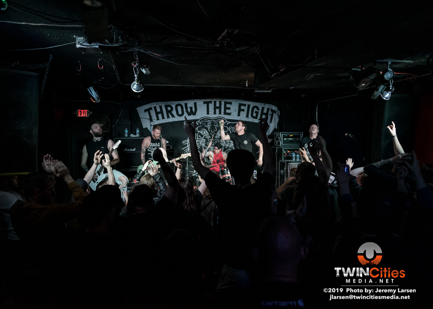 Throw-the-Fight-The-Whats-Up-20190517-20