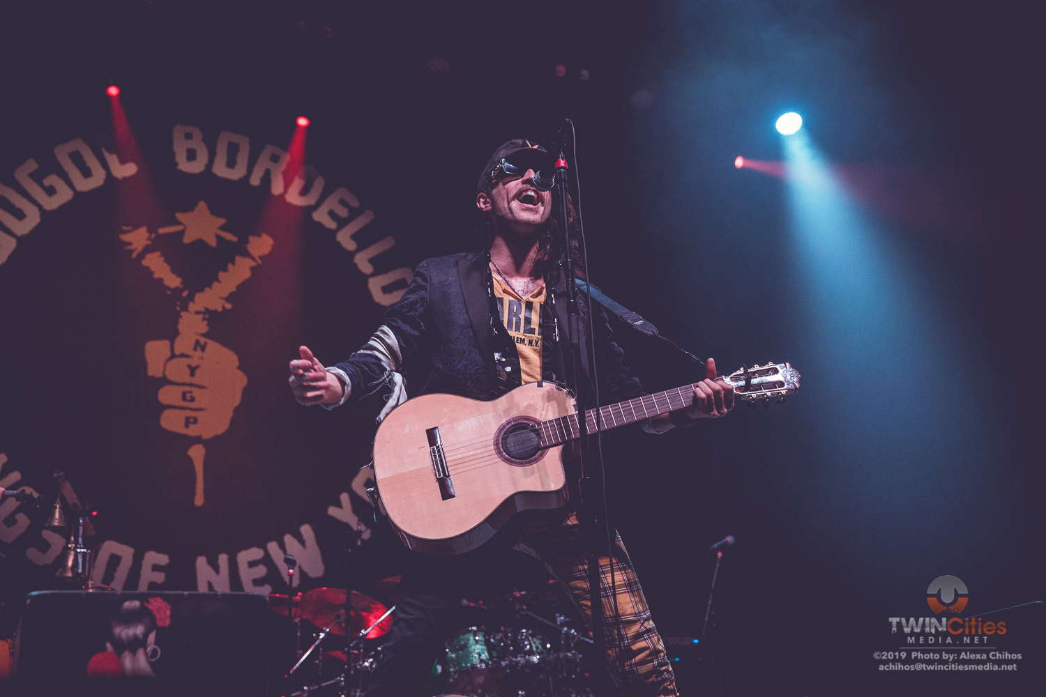 Gogol-Bordello-11