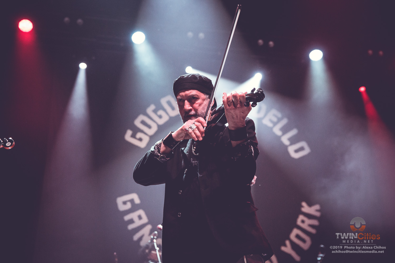 Gogol-Bordello-8