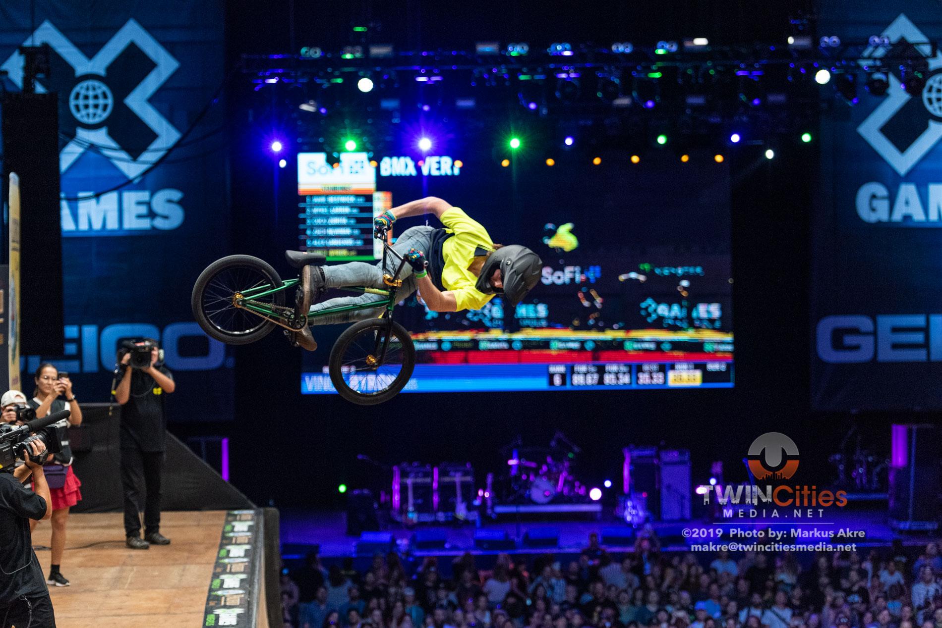 2019-X-Games-Day-1-BMX-Vert-17