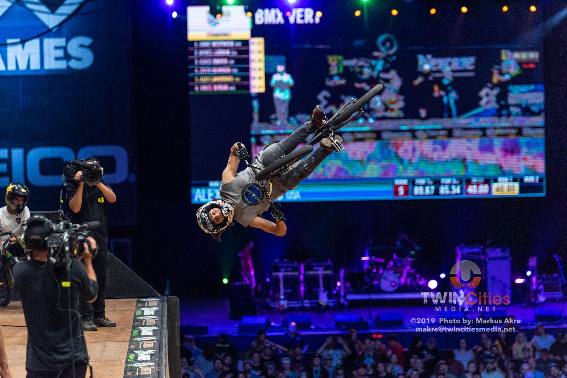 2019-X-Games-Day-1-BMX-Vert-8