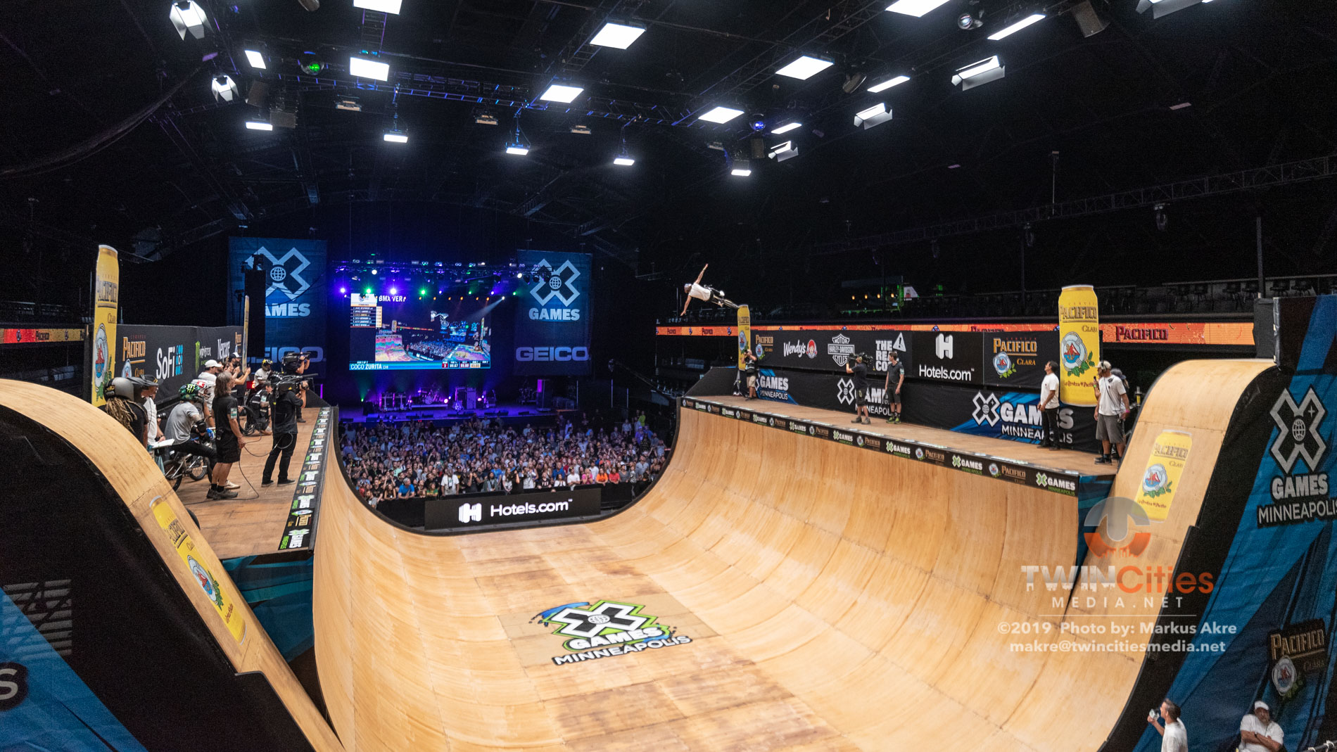 2019-X-Games-Day-1-BMX-Vert-9