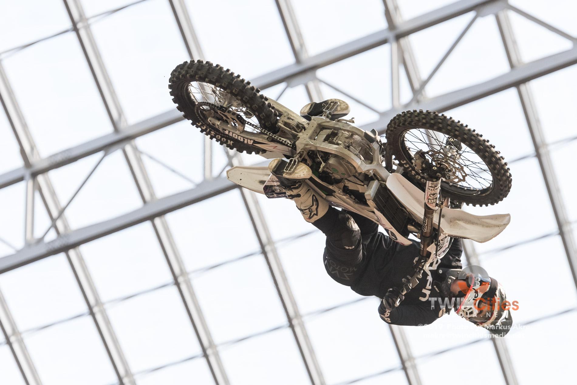 2019-X-Games-Day-1-Moto-X-Practice-3