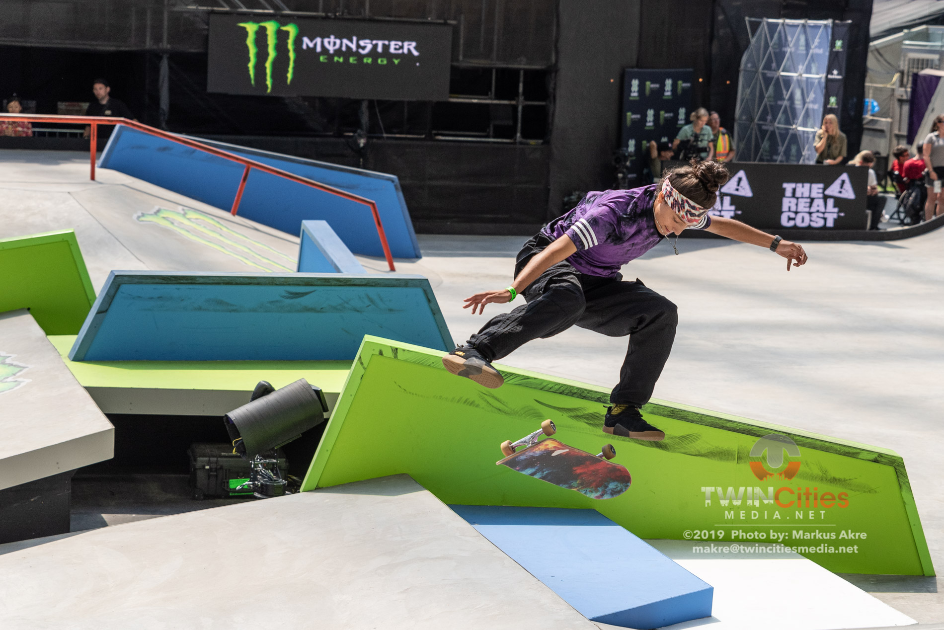 2019-X-Games-Day-4-Women-Skateboard-Street-9