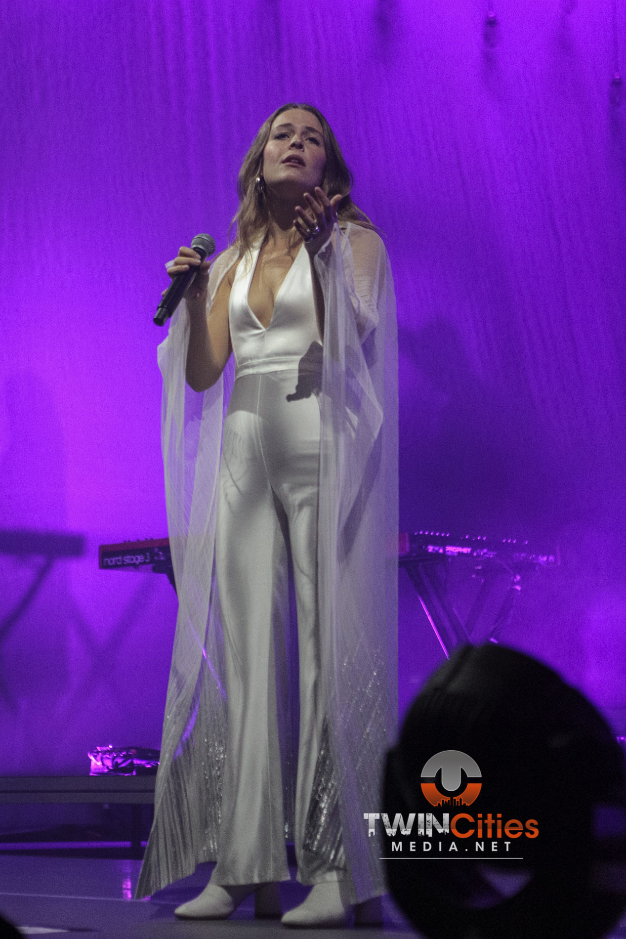 Maggie-Rogers-8