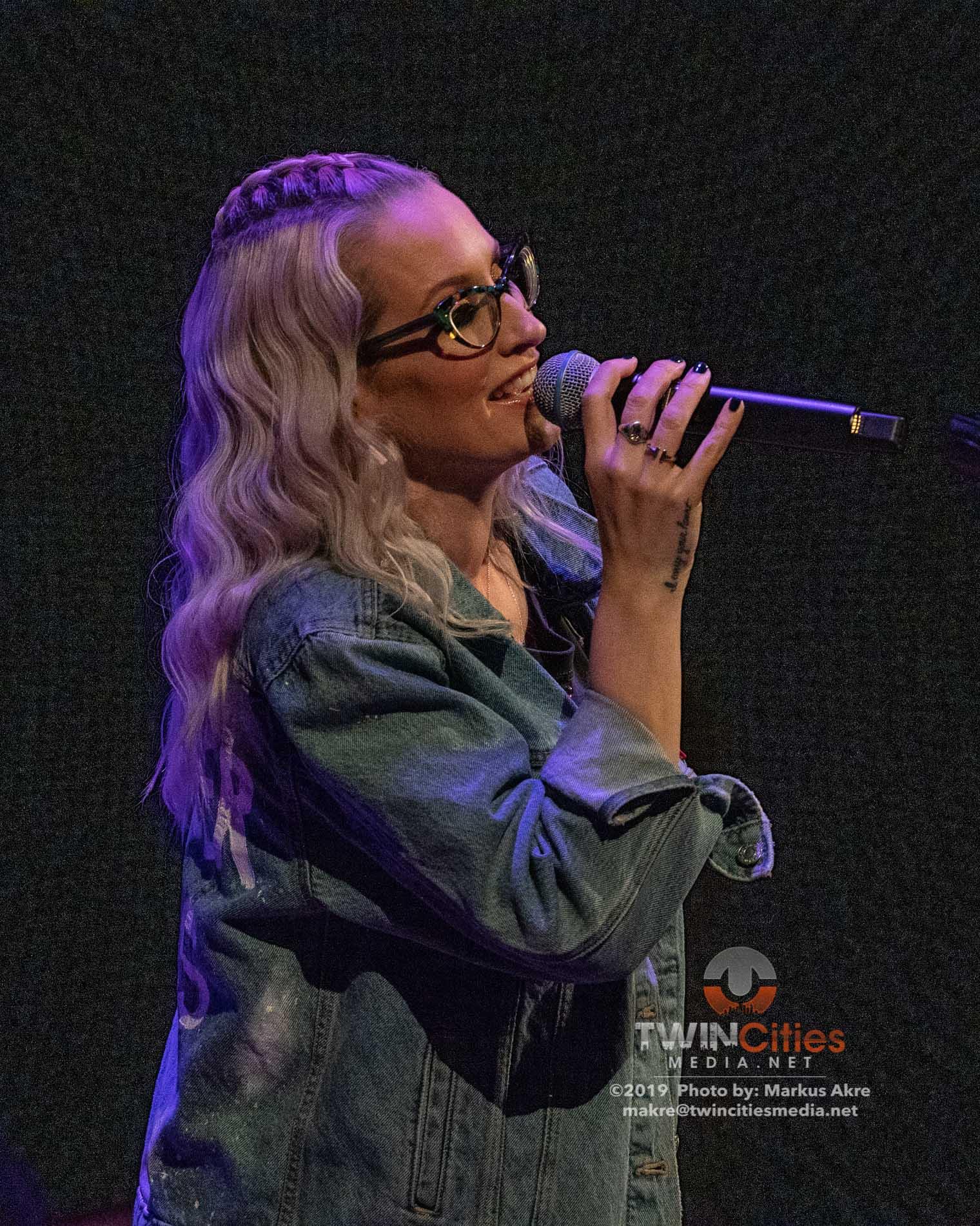 Ingrid-Michaelson-10