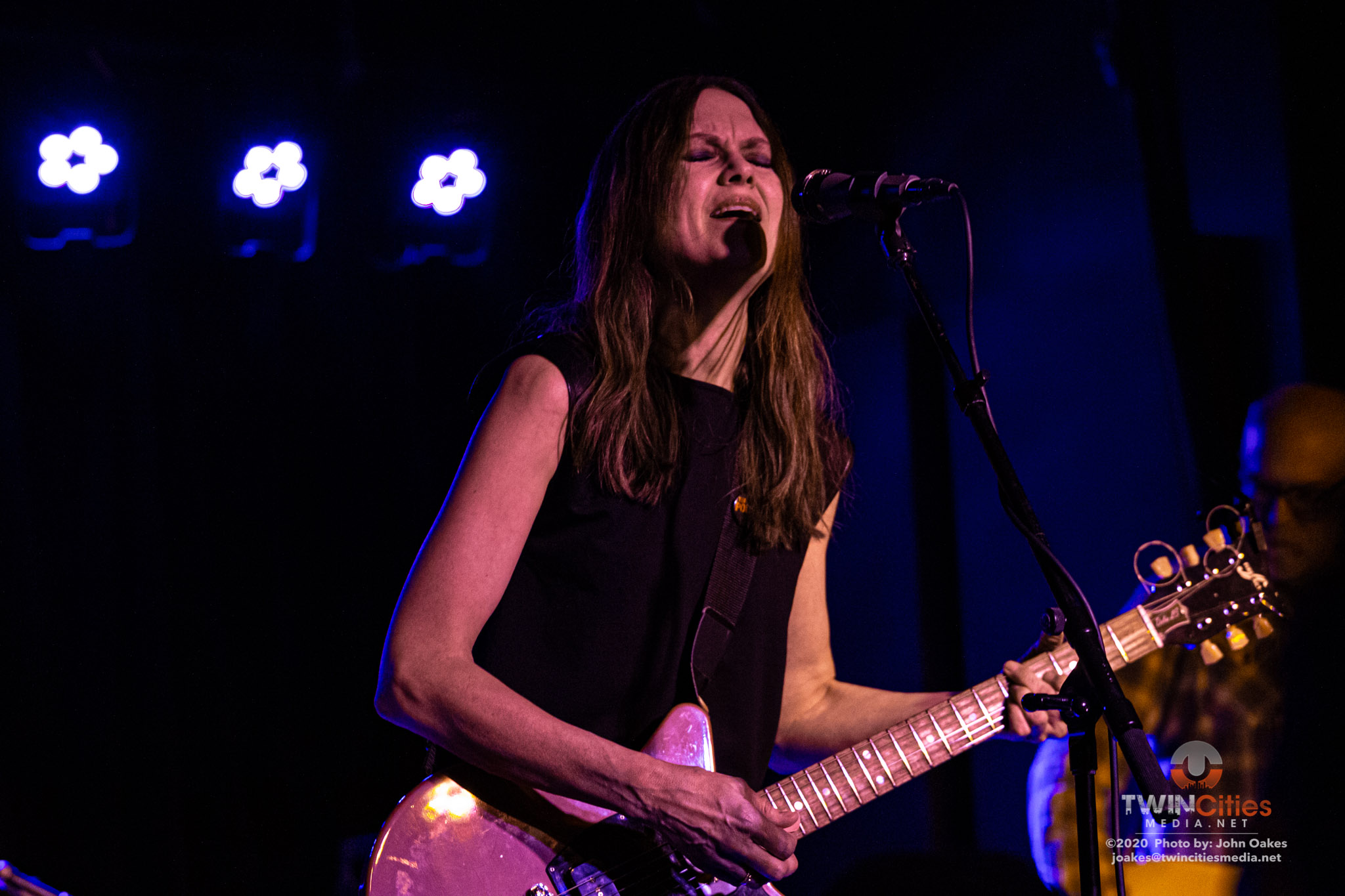 Juliana-Hatfield7