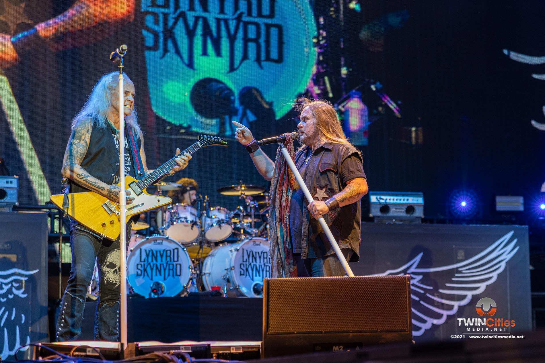 Lynyrd-Skynyrd-08