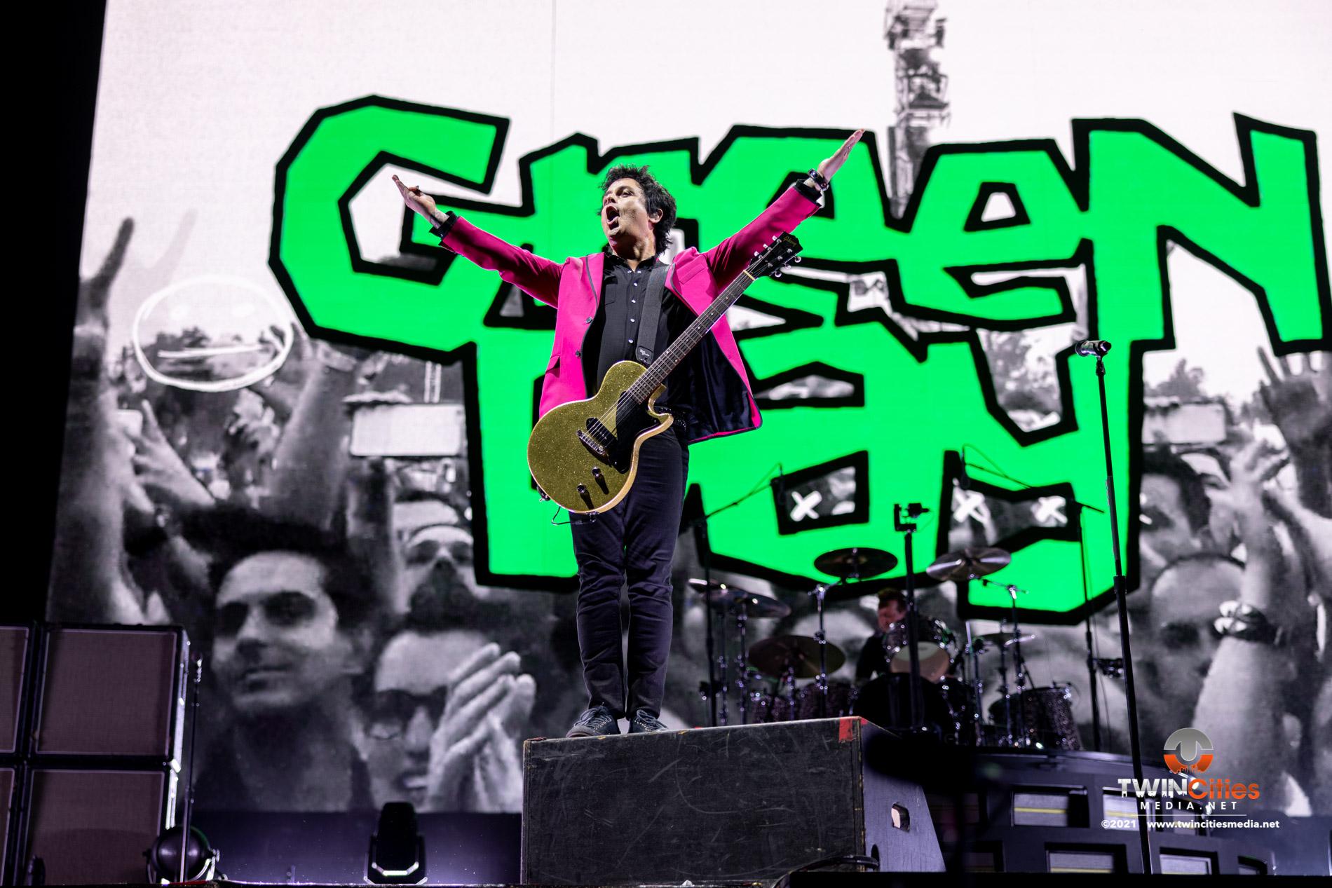 Green-Day-04