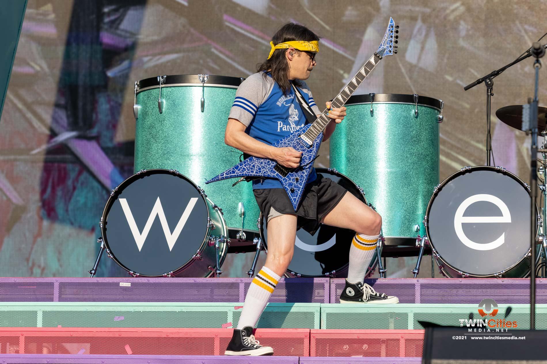 Weezer-02