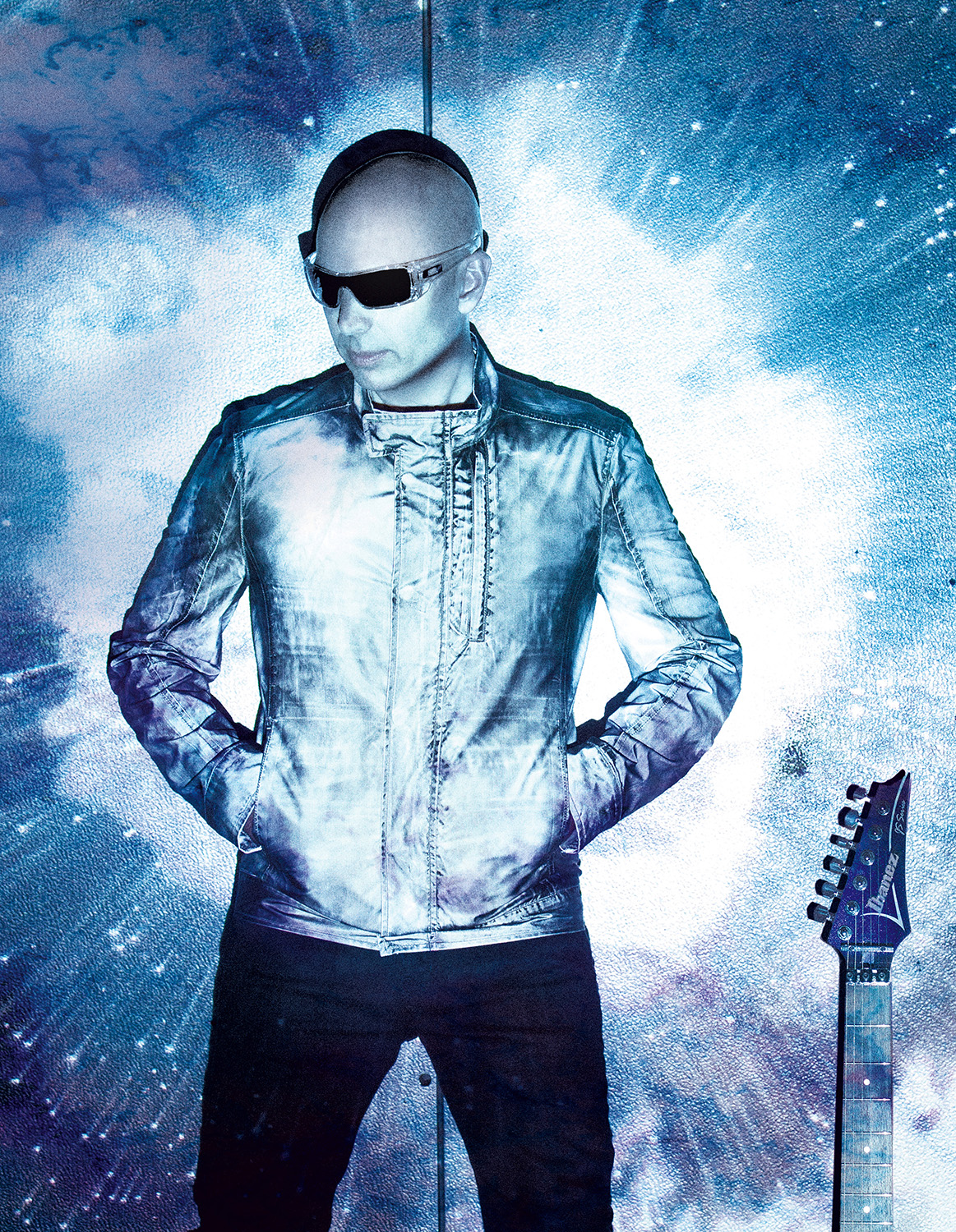 guitar virtuoso joe satriani bringing 39 surfing to shockwave tour 39 to the fitzgerald theater on. Black Bedroom Furniture Sets. Home Design Ideas