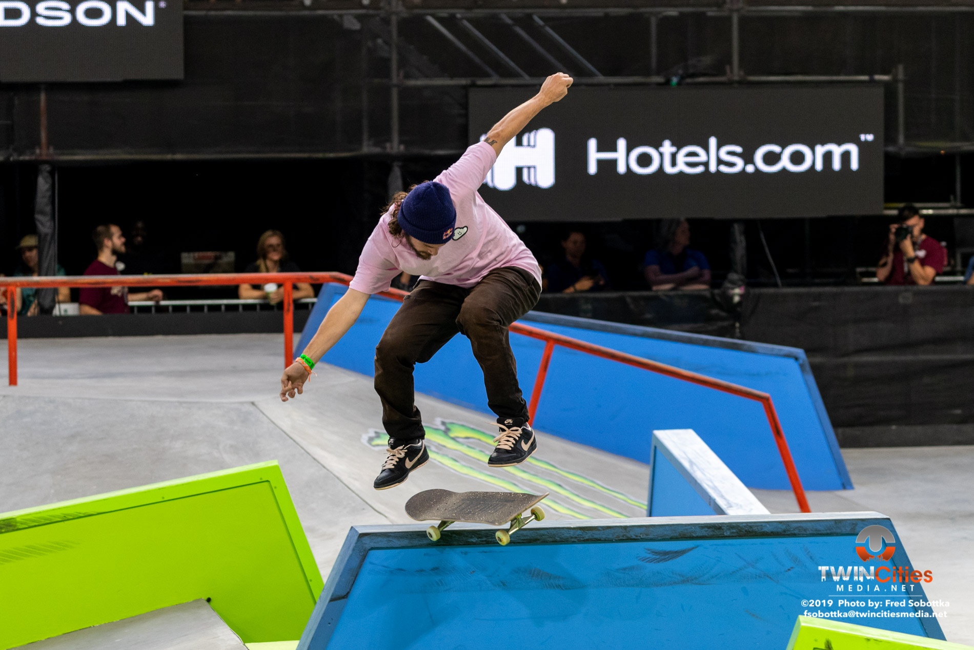 Monster-Energy-Mens-Skateboard-Street-Elimination-04