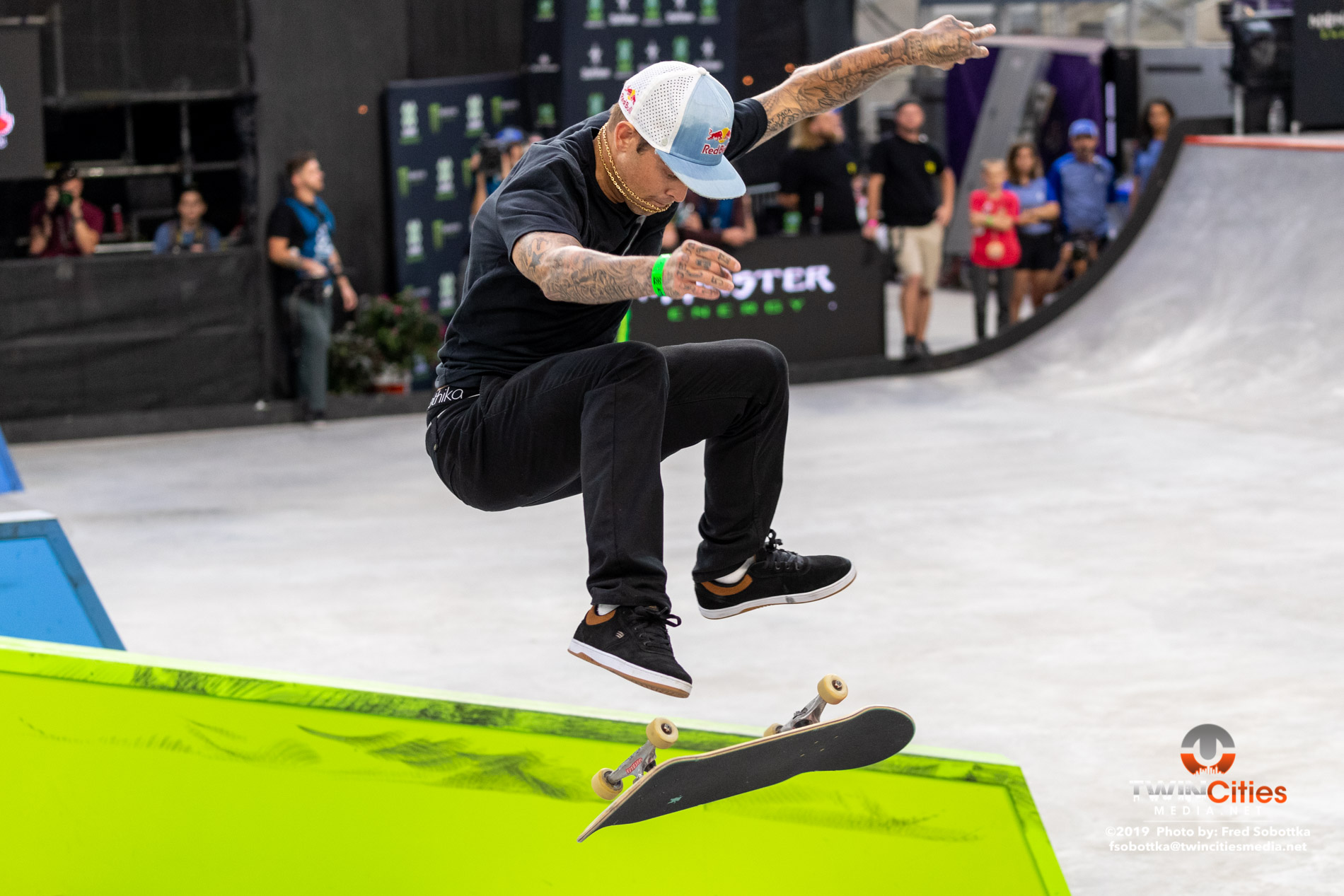 Monster-Energy-Mens-Skateboard-Street-Elimination-12