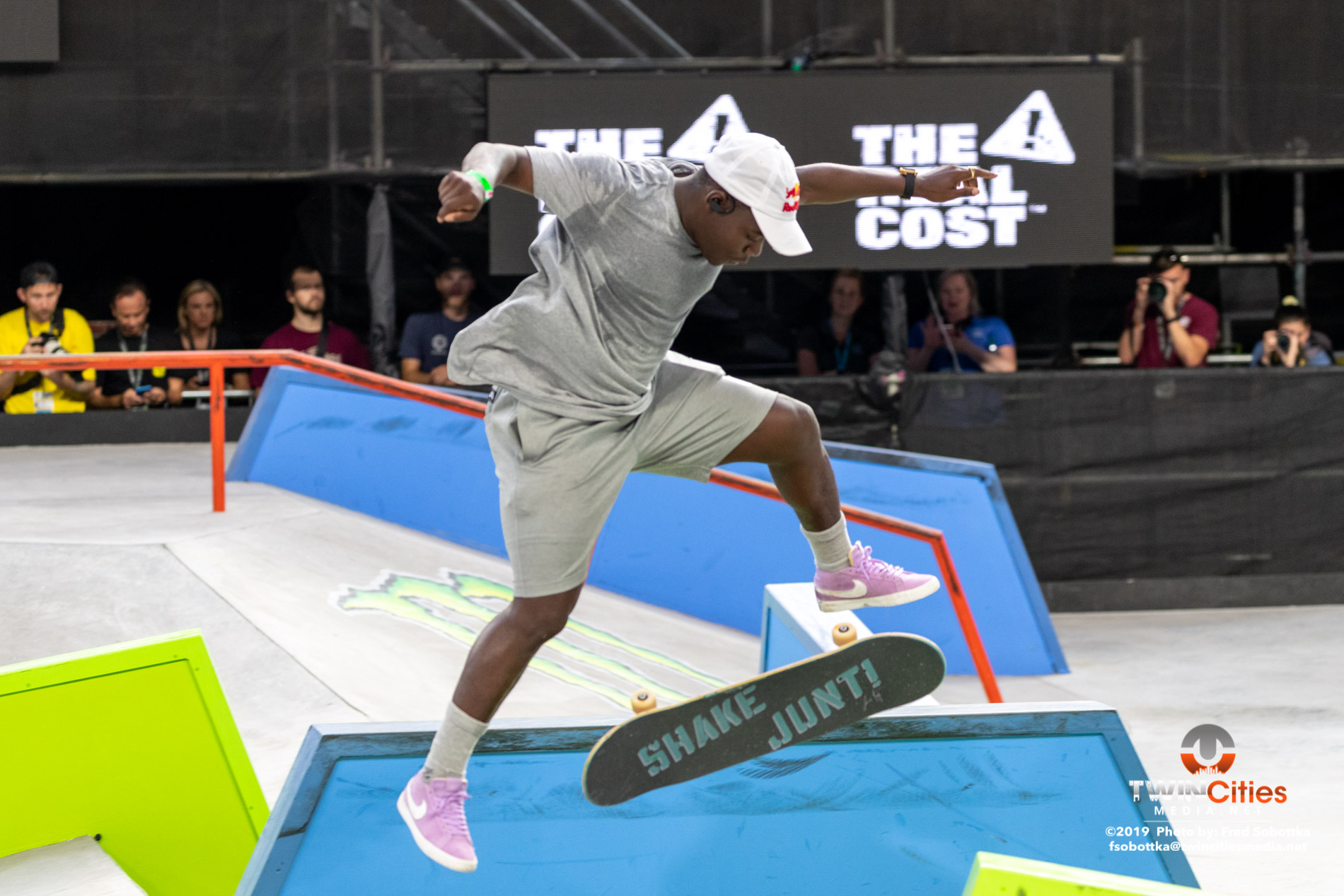 Monster-Energy-Mens-Skateboard-Street-Elimination-14