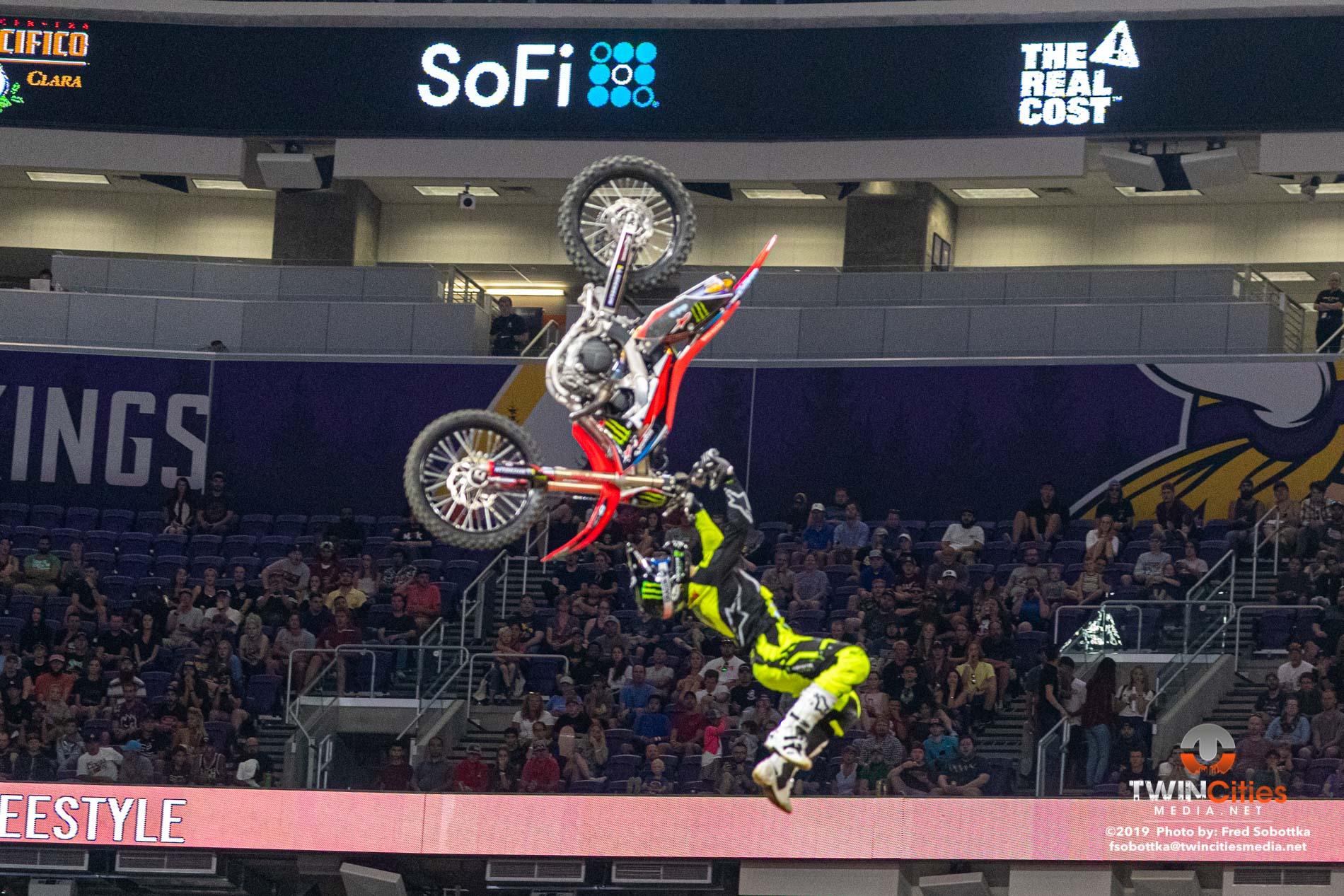 Moto-X-Freestyle-06
