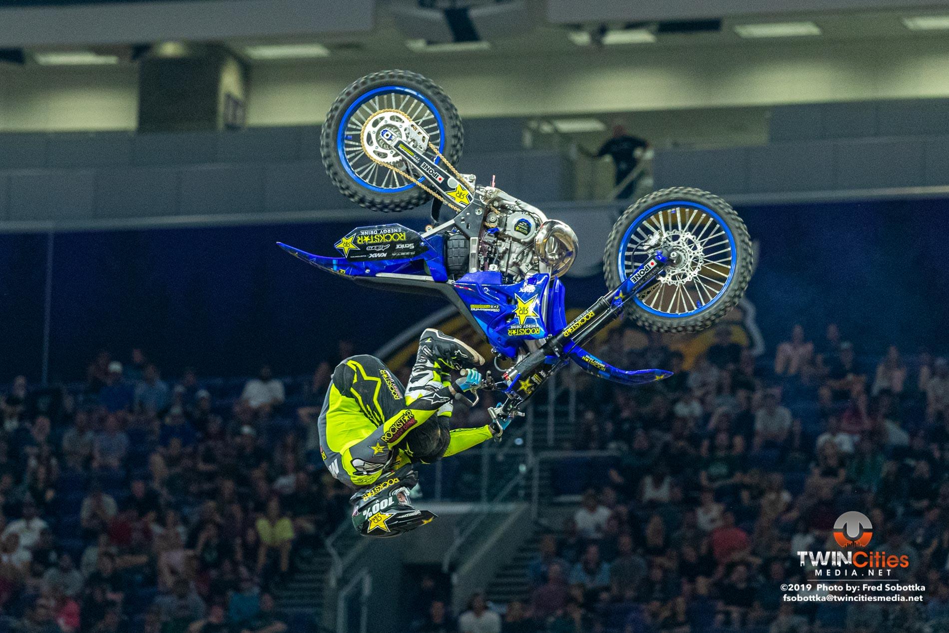 Moto-X-Freestyle-07