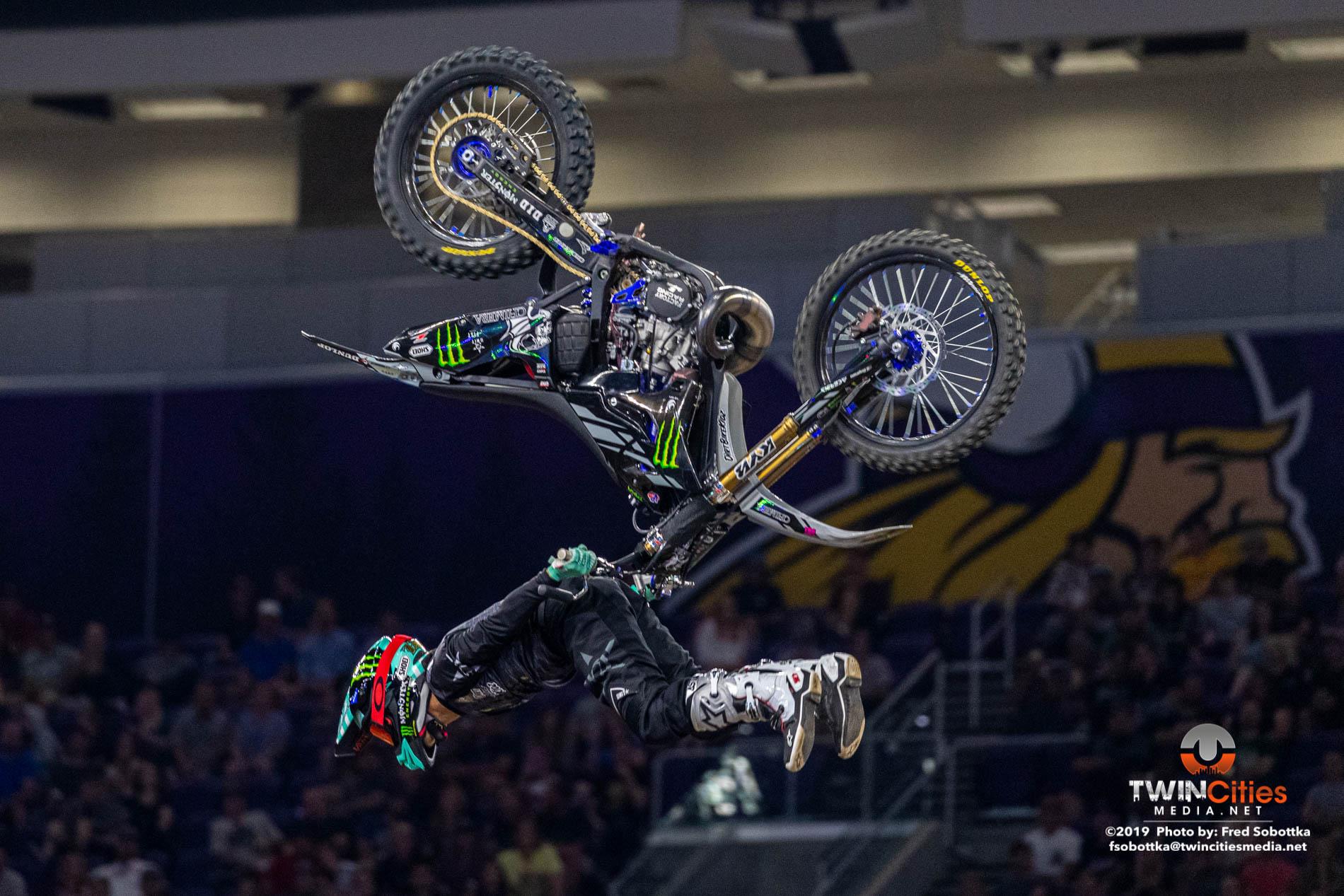 Moto-X-Freestyle-09