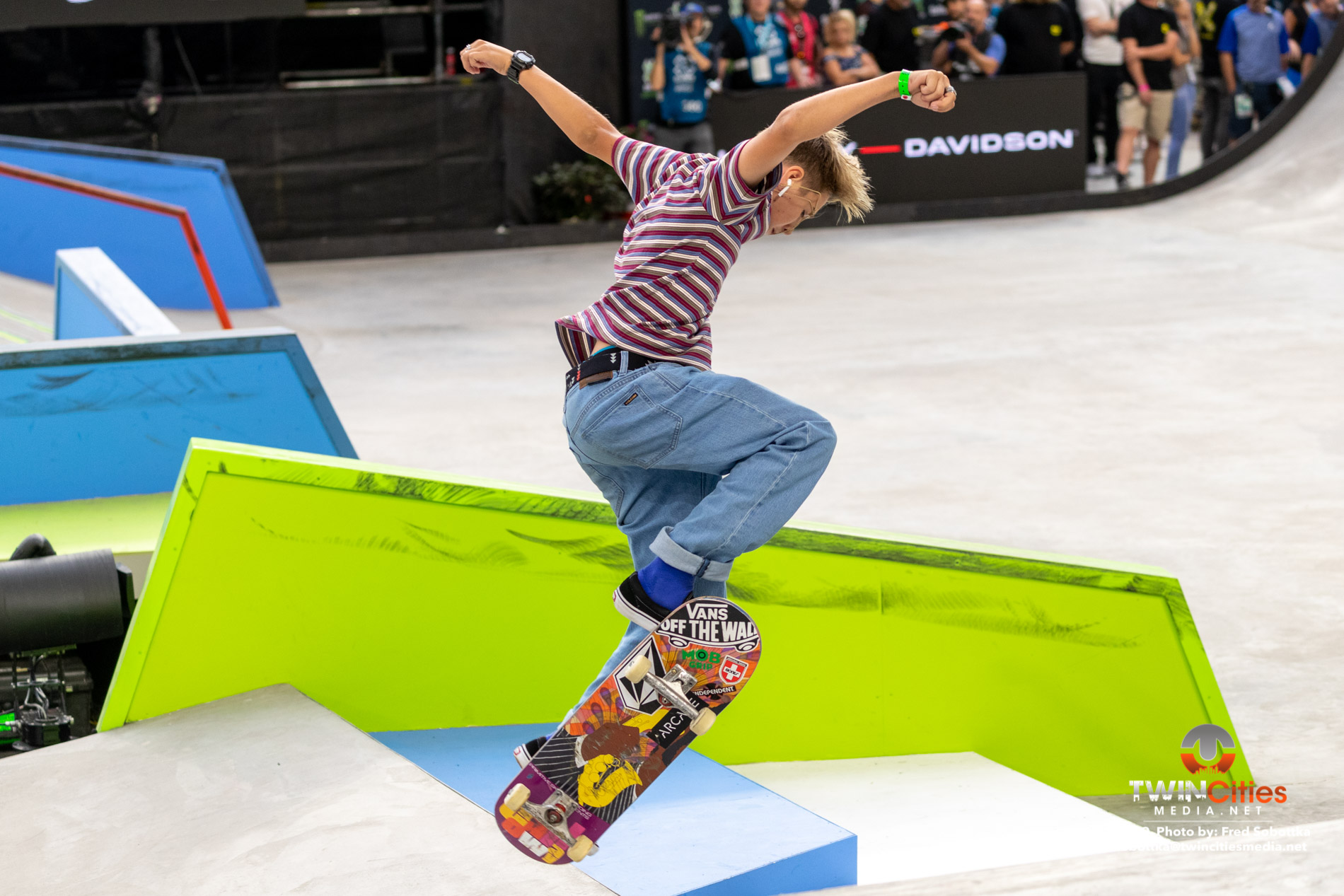 Next-X-Skateboard-Street-07