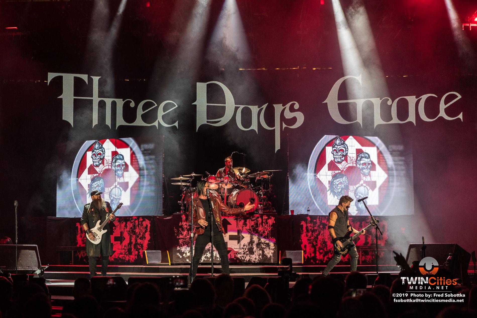 Three Days Grace 01