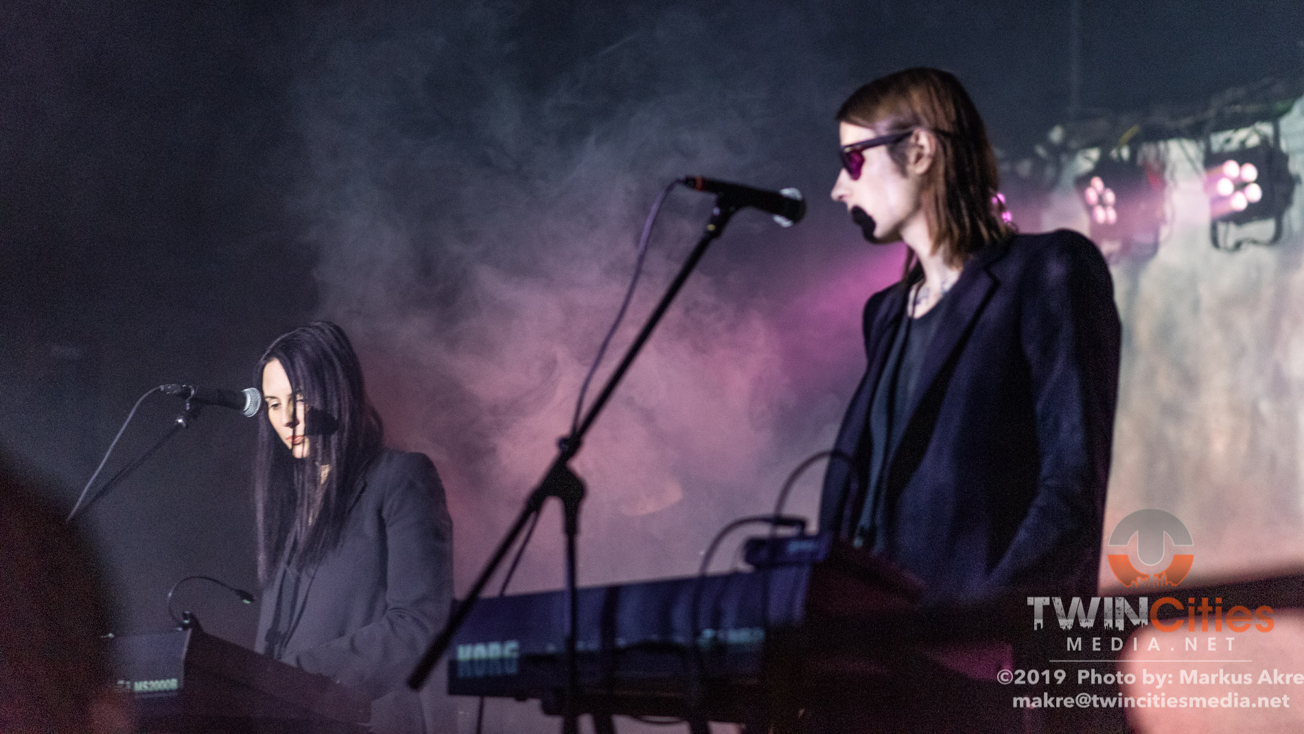 Cold Cave-11