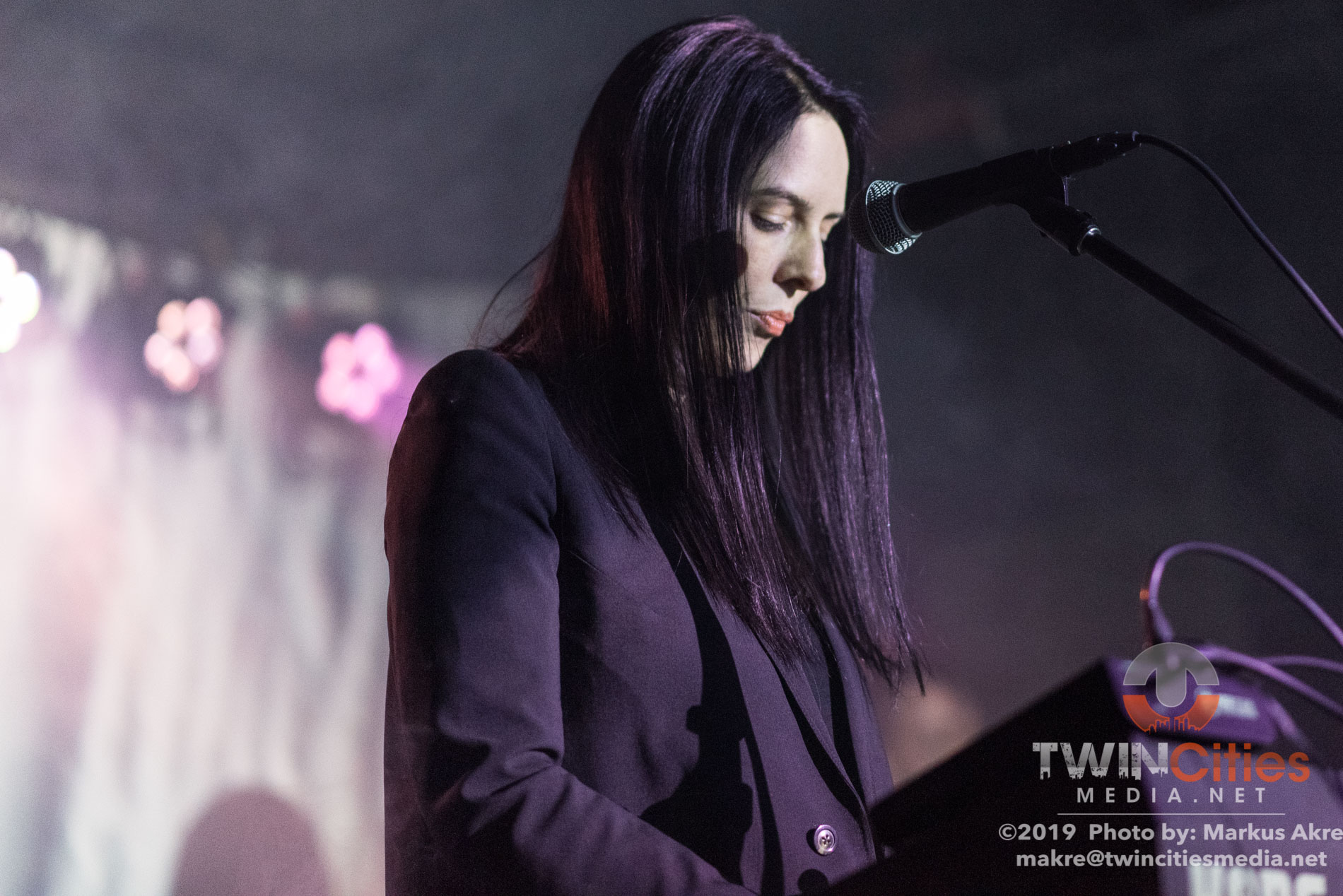 Cold Cave-7