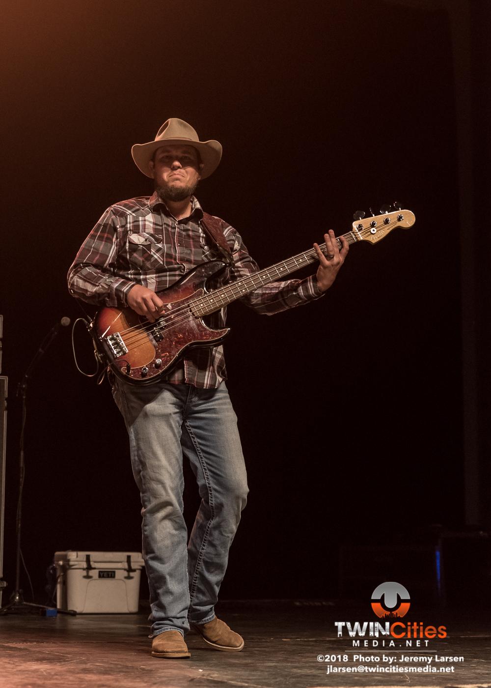 Cody-Jinks-Verizon-Grand-Hall-3-22-19-16