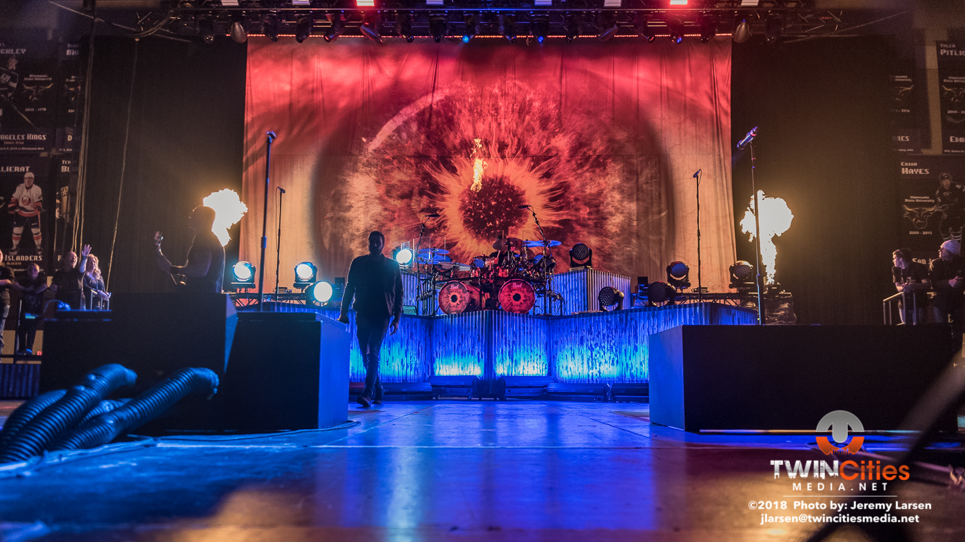 Breaking-Benjamin-Verizon-Arena-3-29-19-12