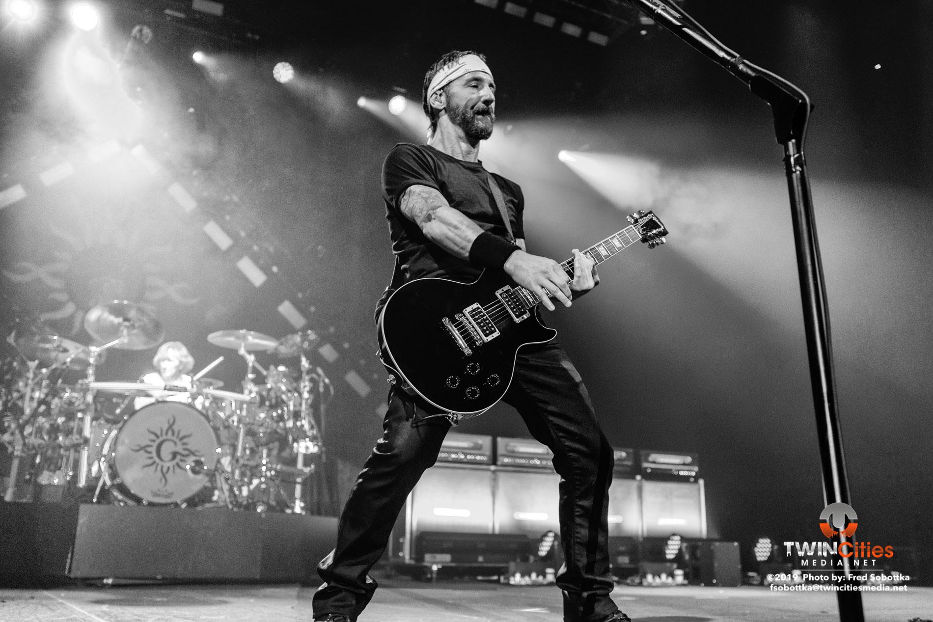 Godsmack-19