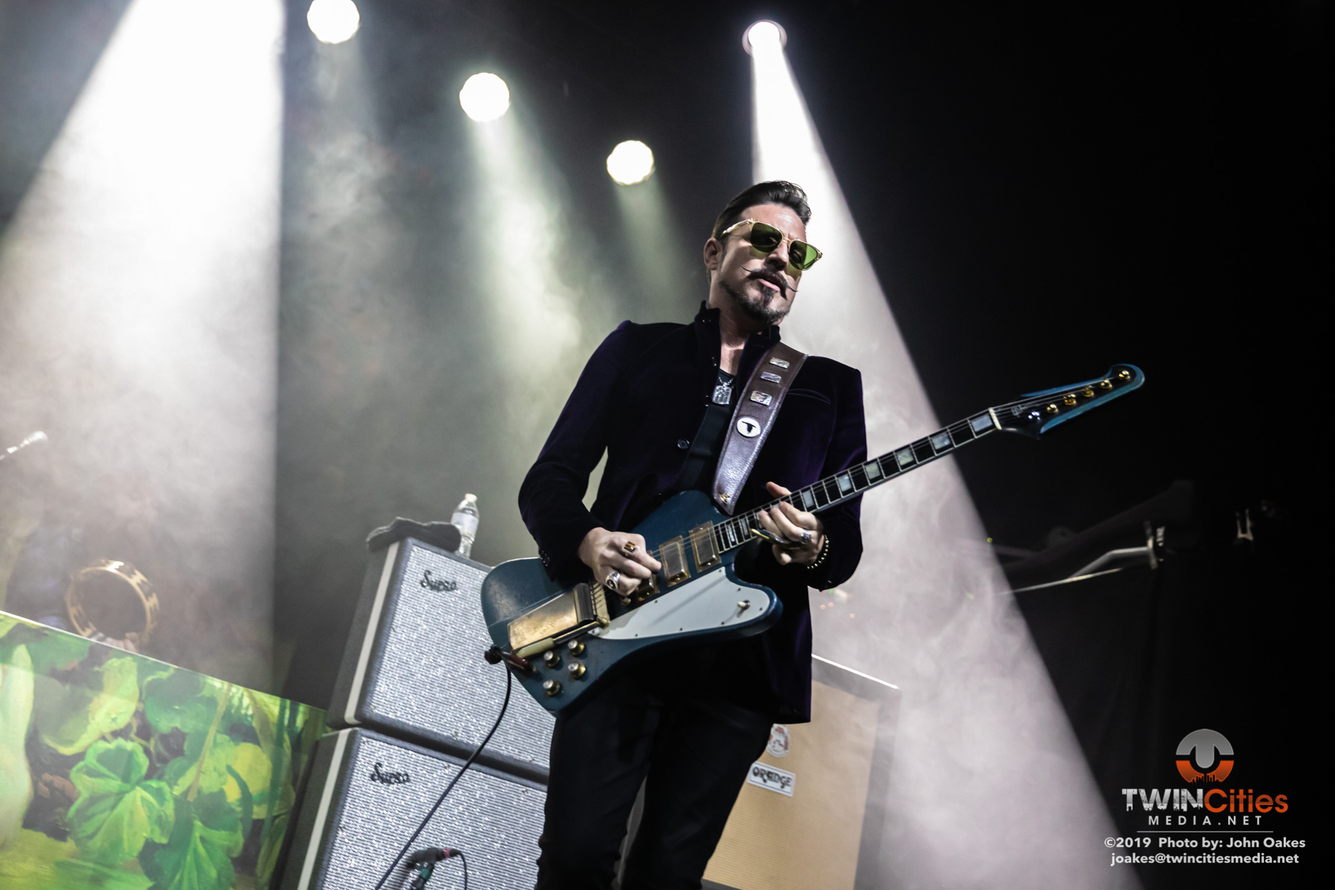 Rival-Sons4