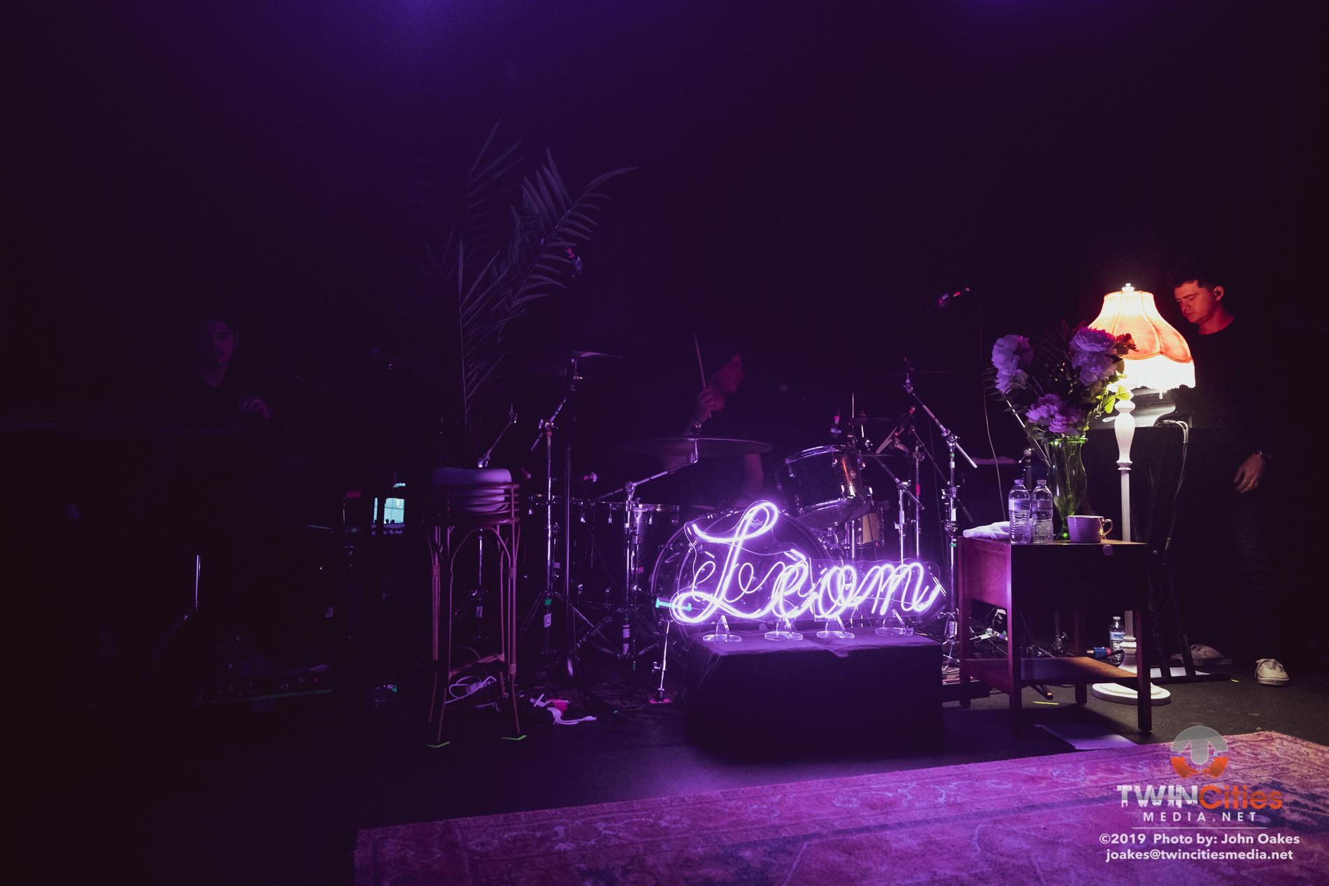 Leon16